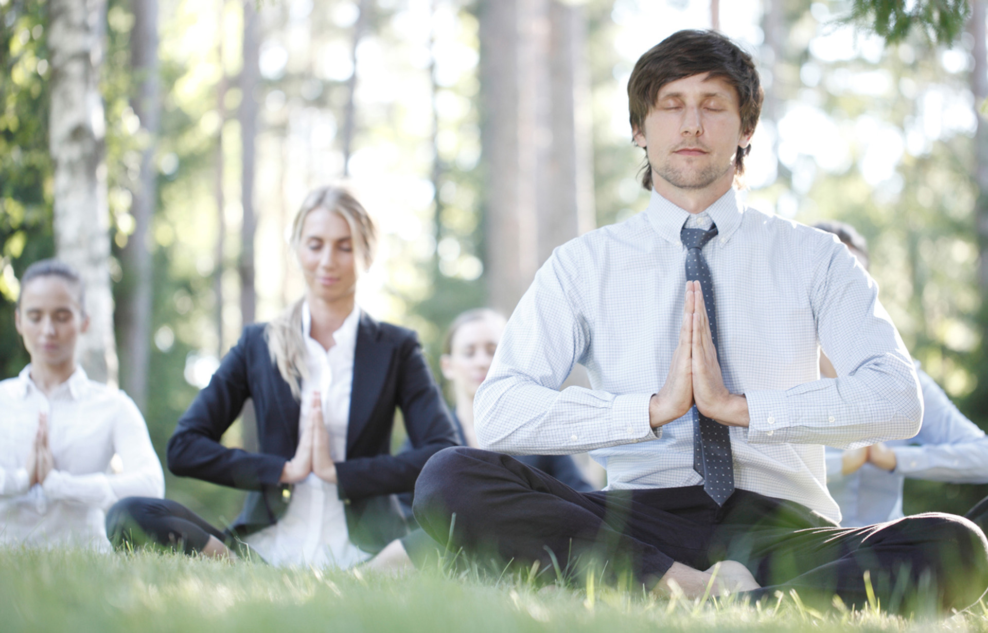 Las grandes empresas en todo el mundo, utilizan los beneficios de la meditación en el trabajo (Istock)