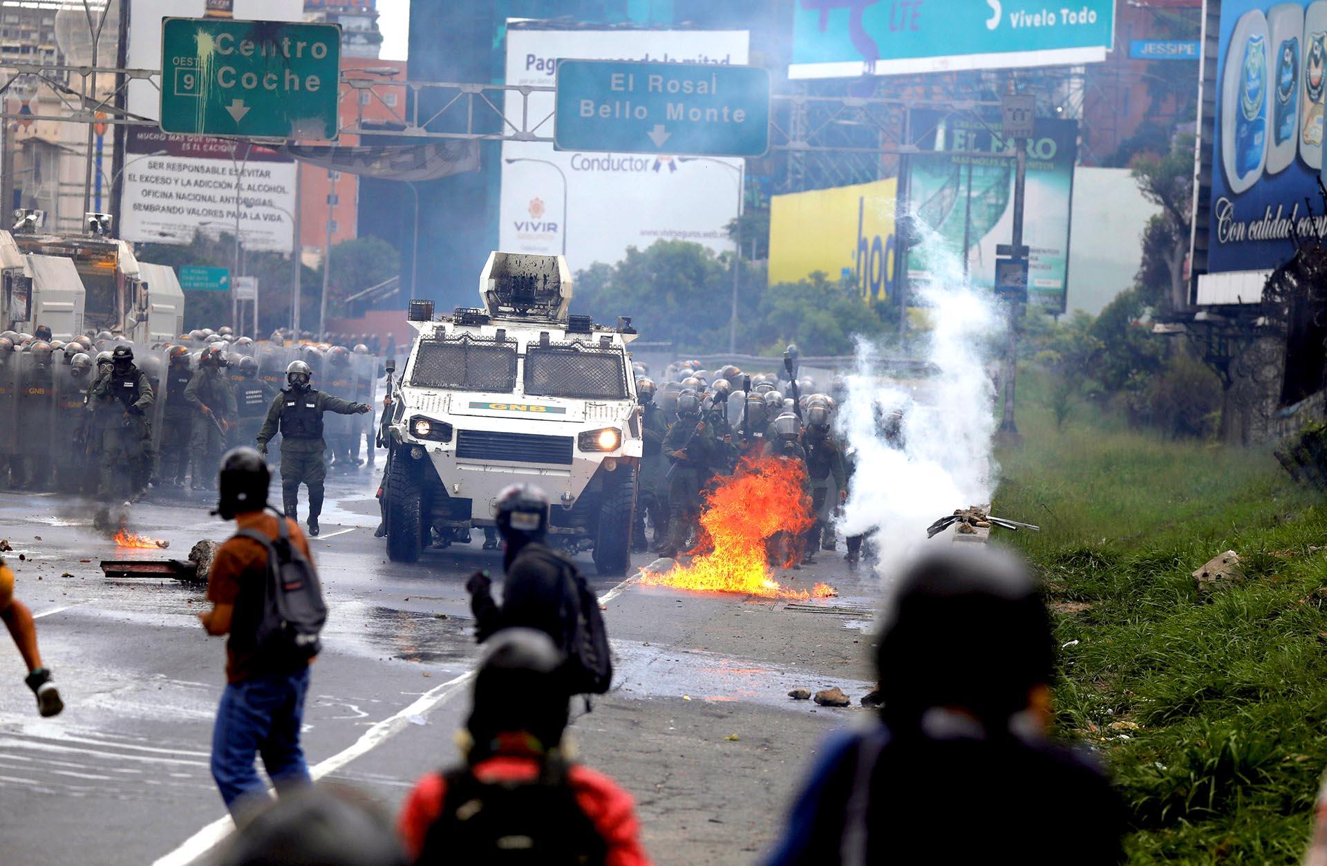 La represión de la dictadura de NicolásMaduro ante los reclamos de los ciudadanos en Caracas, Venezuela