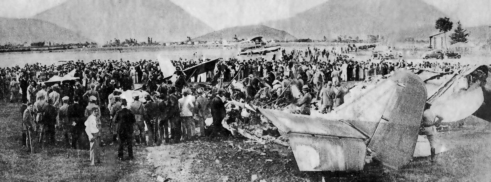 La imagen de la tragedia. Carlos Gardel acaba de morir luego de la colisión e incendio del avión en el que viajaba.