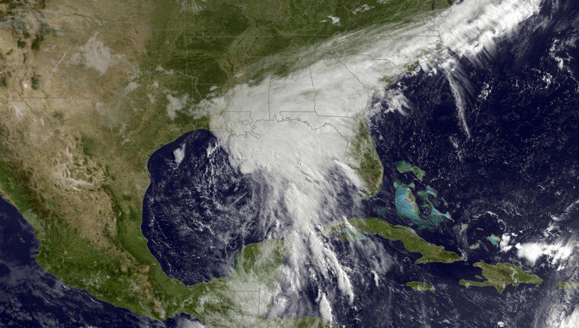 Imágen satelital muestra la tormenta Cindy en el Golfo de Méxcio (NOAA via AP)