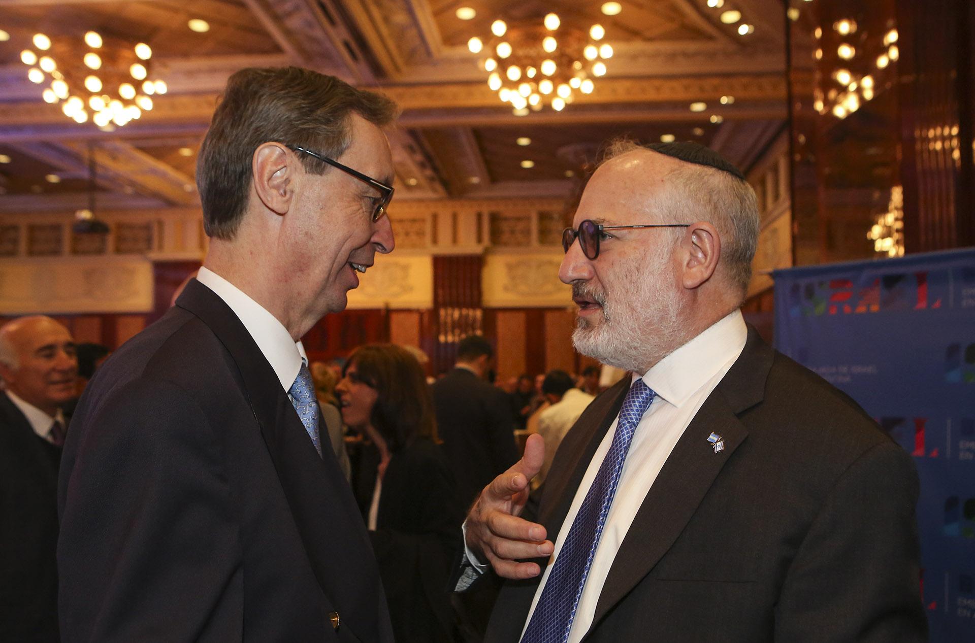 El embajador de Alemania en la Argentina, Bernhard Graf von Waldersee, junto a Eduardo Elsztain, presidente de IRSA