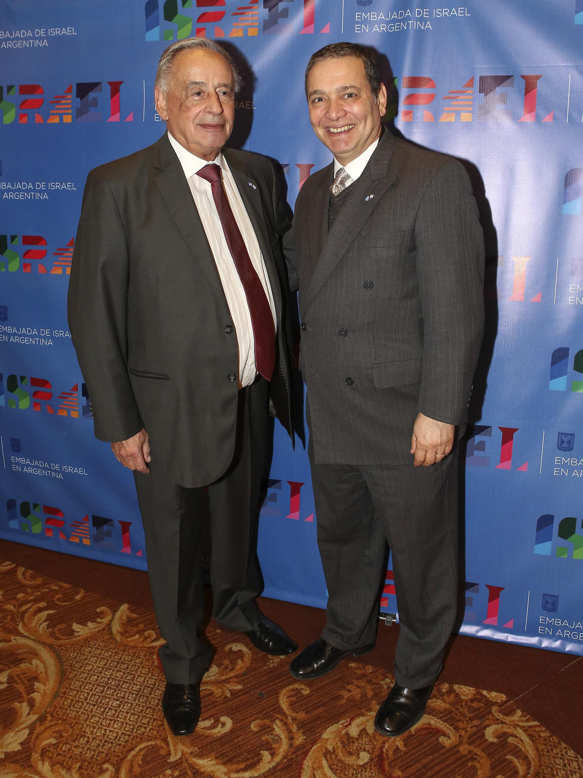 Israel Imae, abogado de la embajada de Israel, y el juez Marcelo Aguinsky