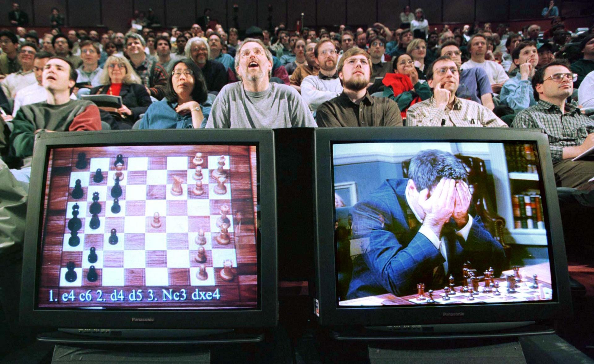 Deep Blue venció al Gran Maestro ruso en ajedrez Gari Kaspárov entre 1996 y 1997.