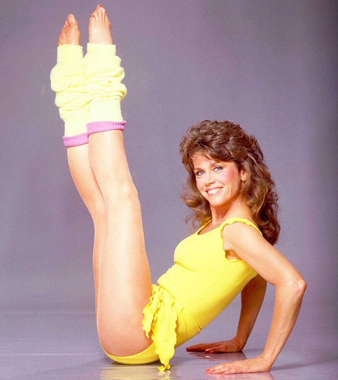 Jane Fonda fue la verdadera precursora durante la década del ochenta del patrocinio de productos de belleza y rutinas de ejercicios, hoy copiada hasta el hartazgo