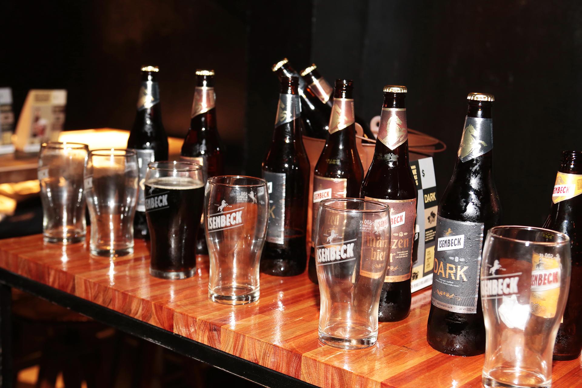 La Märzen Bier es una cerveza, maltosa y robusta, algo tostada y con una dulzura residual que da lugar a un final muy agradable. En su elaboración, se utilizan distintos tipos de maltas especiales que le proporcionan su carácter y personalidad especial