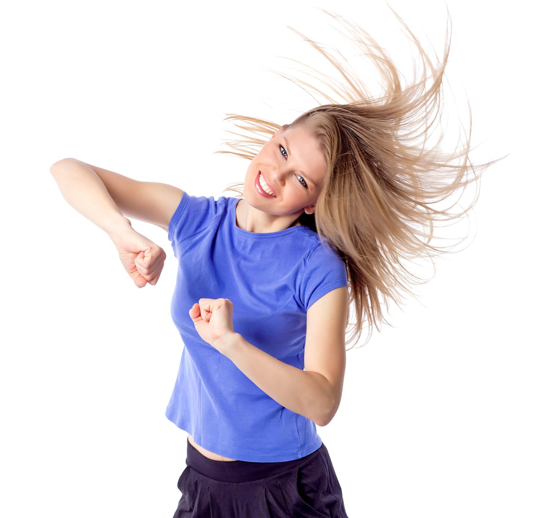 Se recomienda bailar una al menos una hora tres veces por semana