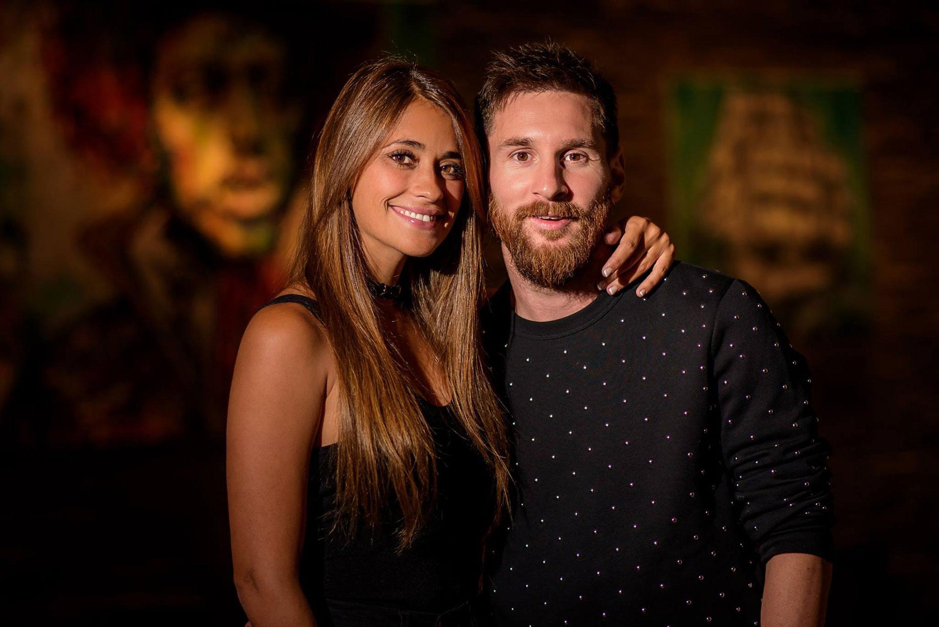 La última foto de Lionel Messi y Antonela Rozzucco como novios, compartida por las cuentas oficiales del jugador