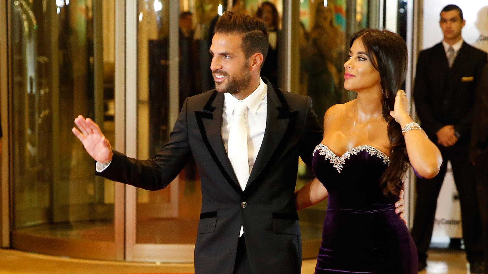 Cesc Fábregas y su esposa, Daniella Semaan. Ella es una de las mejores amigas de Antonela Roccuzzo
