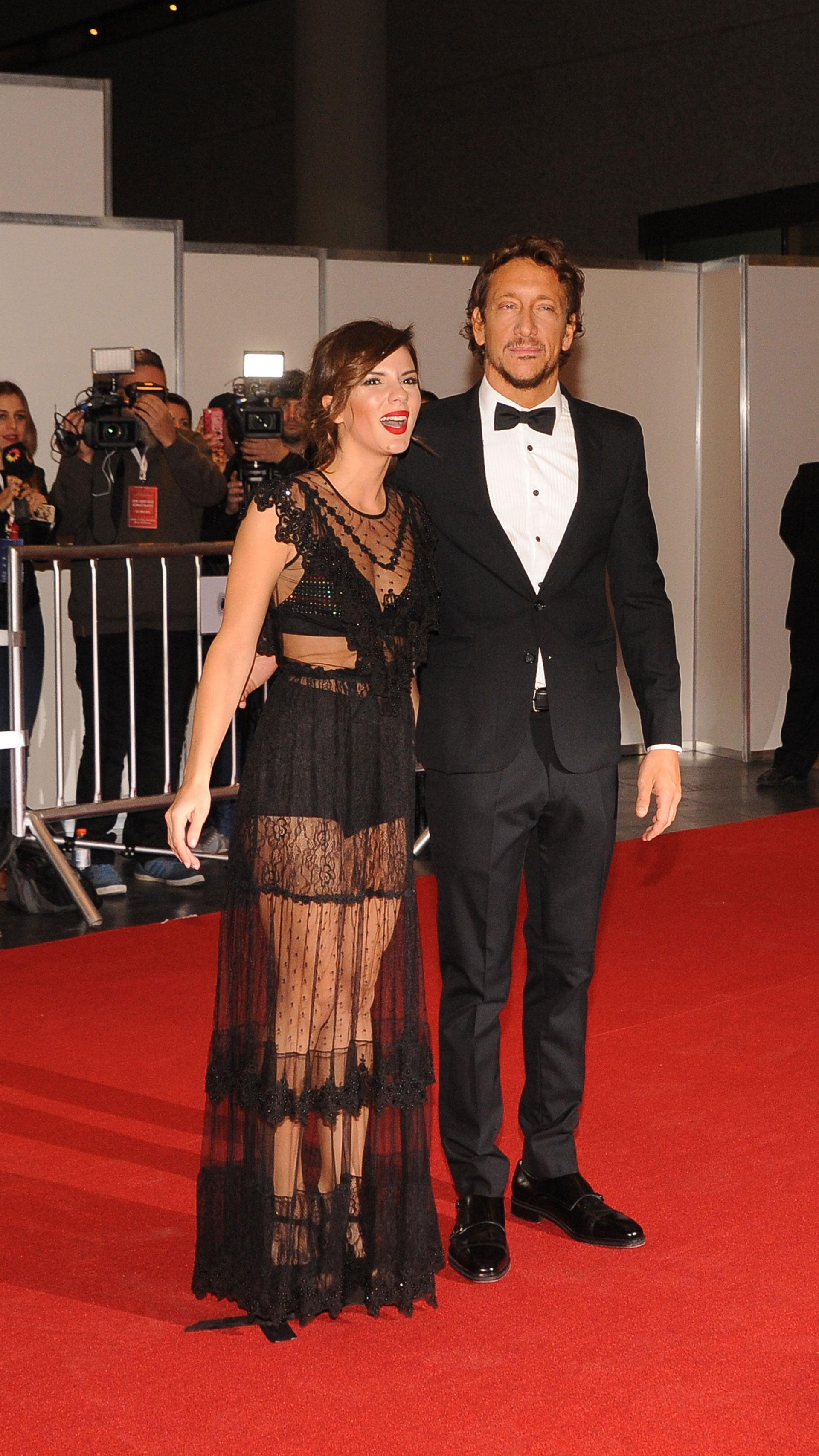 """La pareja de actores fue la única que habló con la prensa: """"Estamos felices, se esperan grandes sorpresas"""", dijo él"""