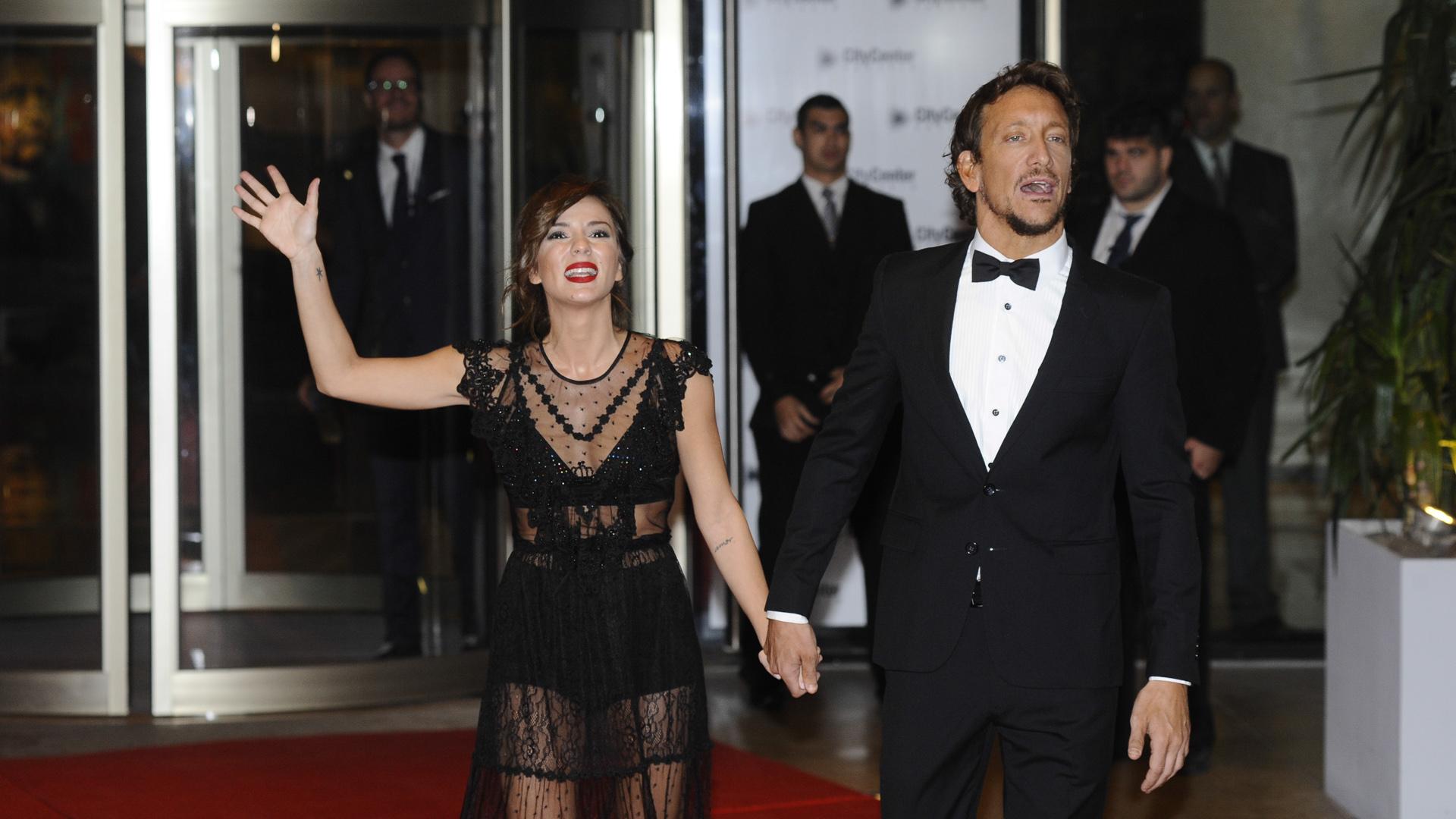 Los actores Nicolás Vázquez y Gimena Accardi fueron de los más simpáticos con la prensa