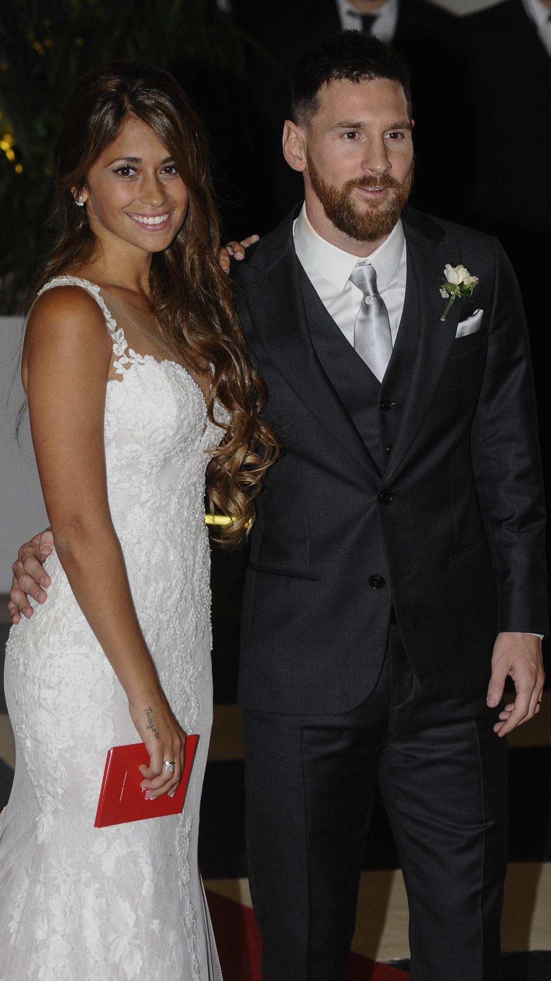 Las primeras imágenes de la pareja con sus alianzas (Martín Villar)