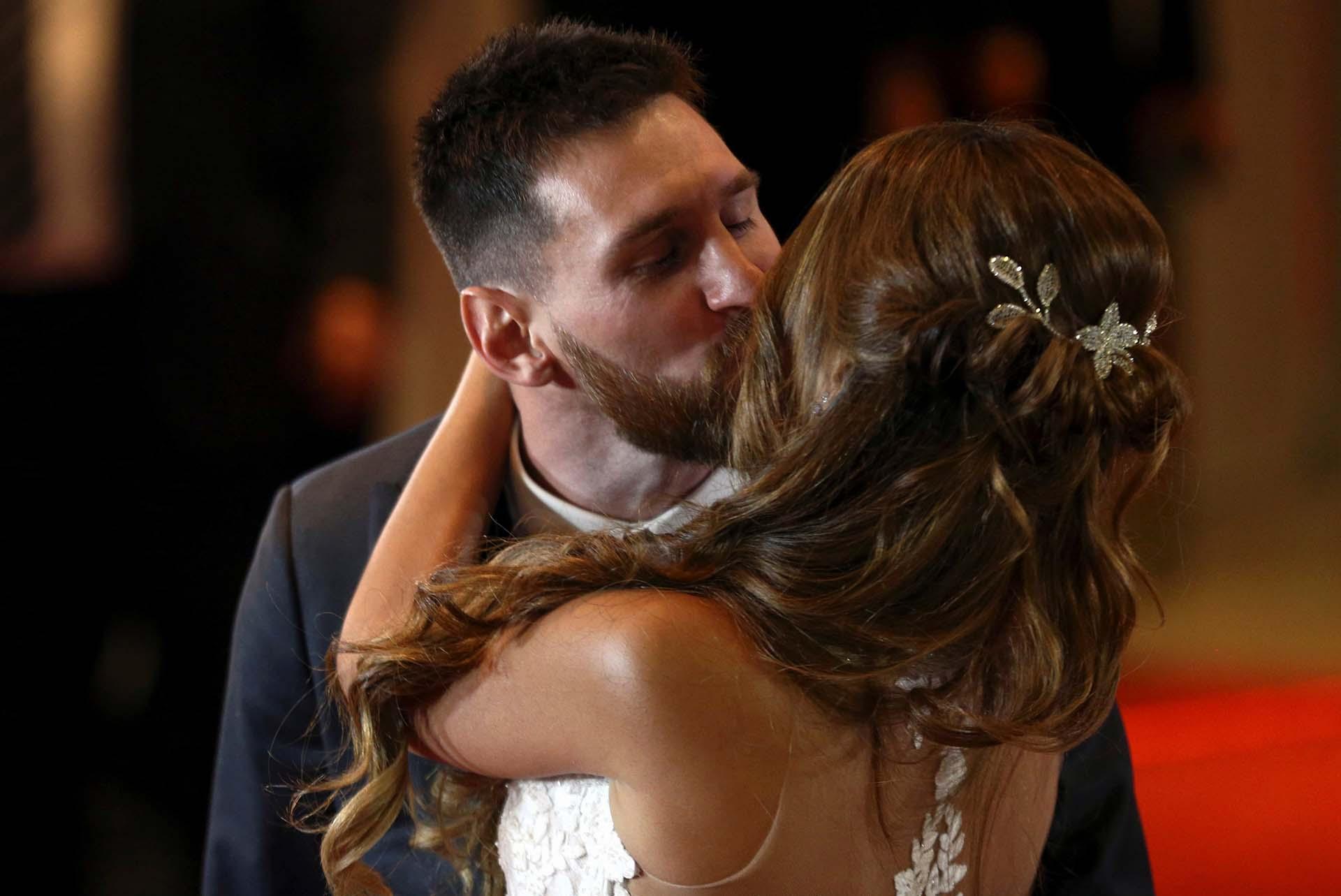 Roccuzzo eligió una espalda muy produndaREUTERS/Marcos Brindicci