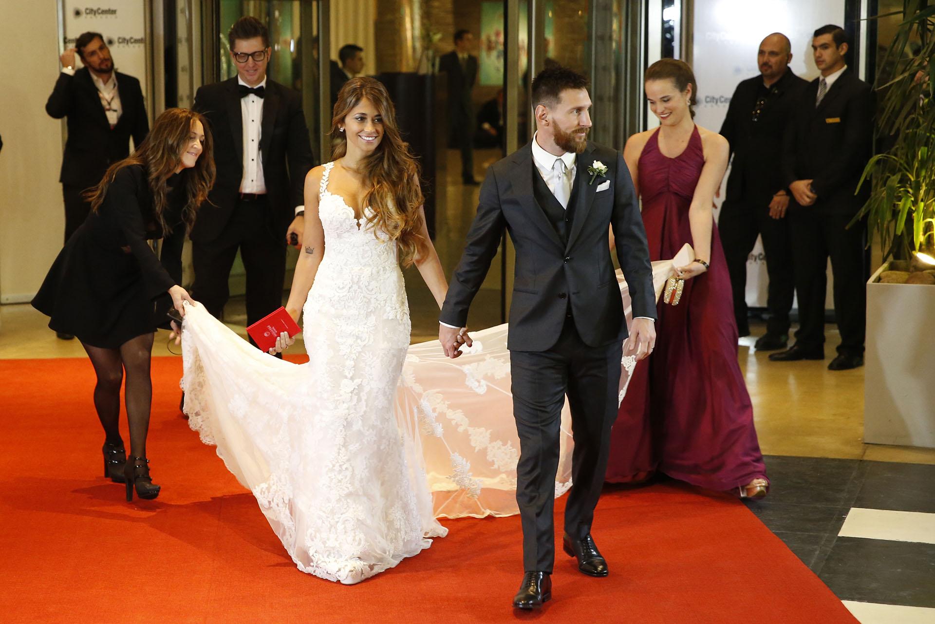 Lionel y Antonela, amor y glamour, resumidos en una instantánea