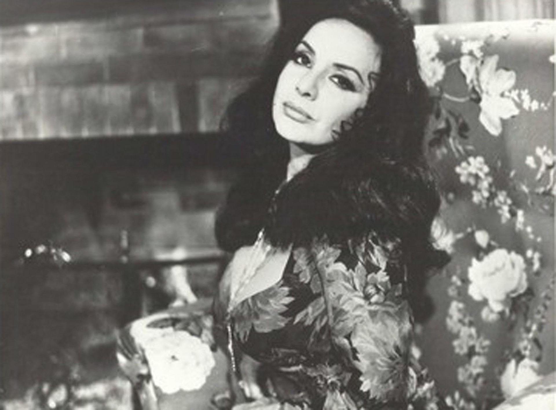 """Su retorno al cine fue en 1996 con la película """"La dama regresa"""", dirigida por Jorge Polaco"""