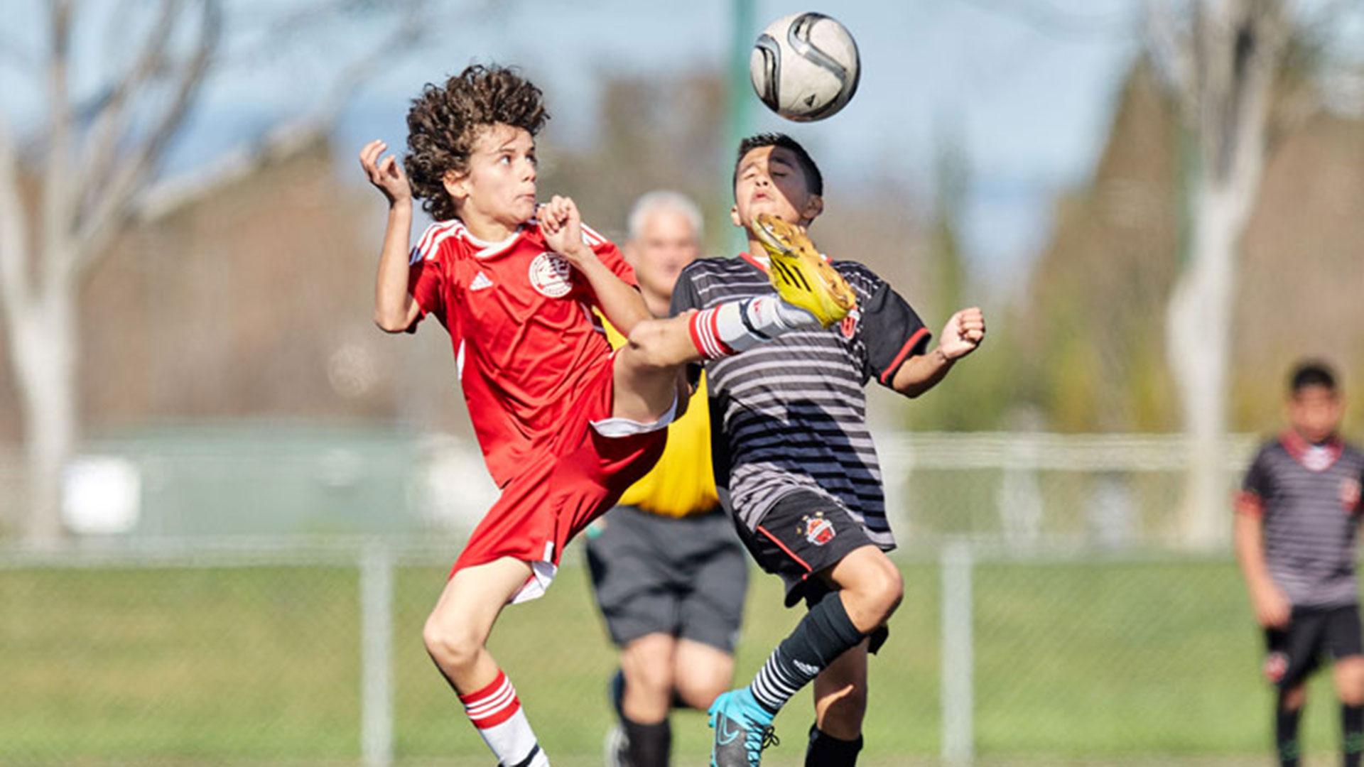 """El fútbol, conocido allí como """"soccer"""", ha empezado a atraer a los más jóvenes"""