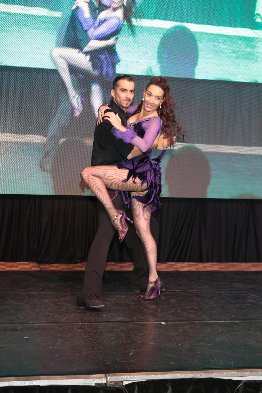 Una de las sorpresas de la noche fue el show de tango de Mora Godoy