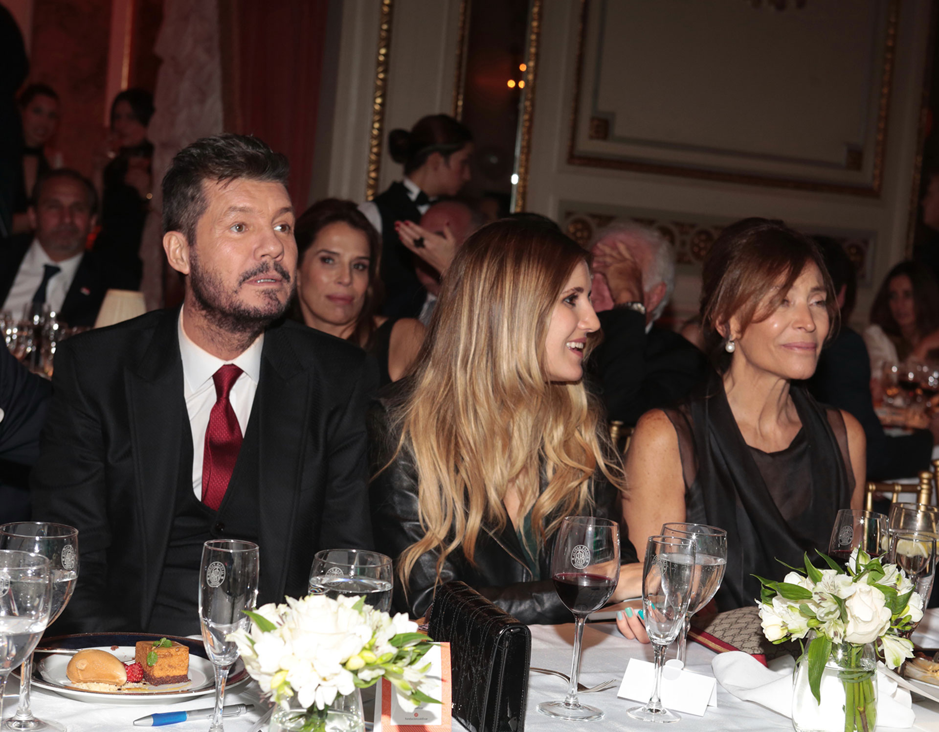 Marcelo y Micaela Tinelli junto a Estela Zaldivar