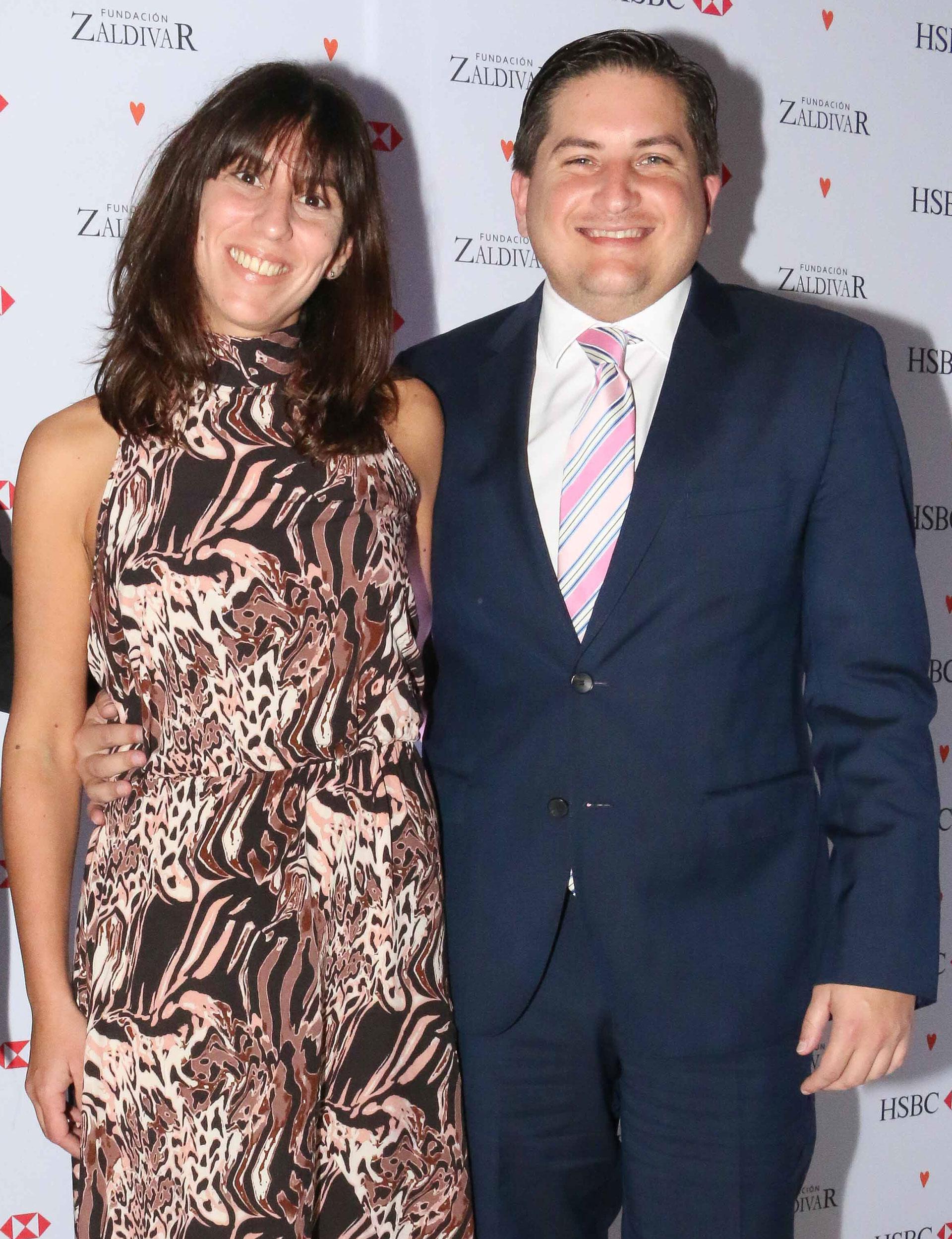 Gastón Corral, director de Sustentabilidad Corporativa de HSBC Argentina, y su mujer