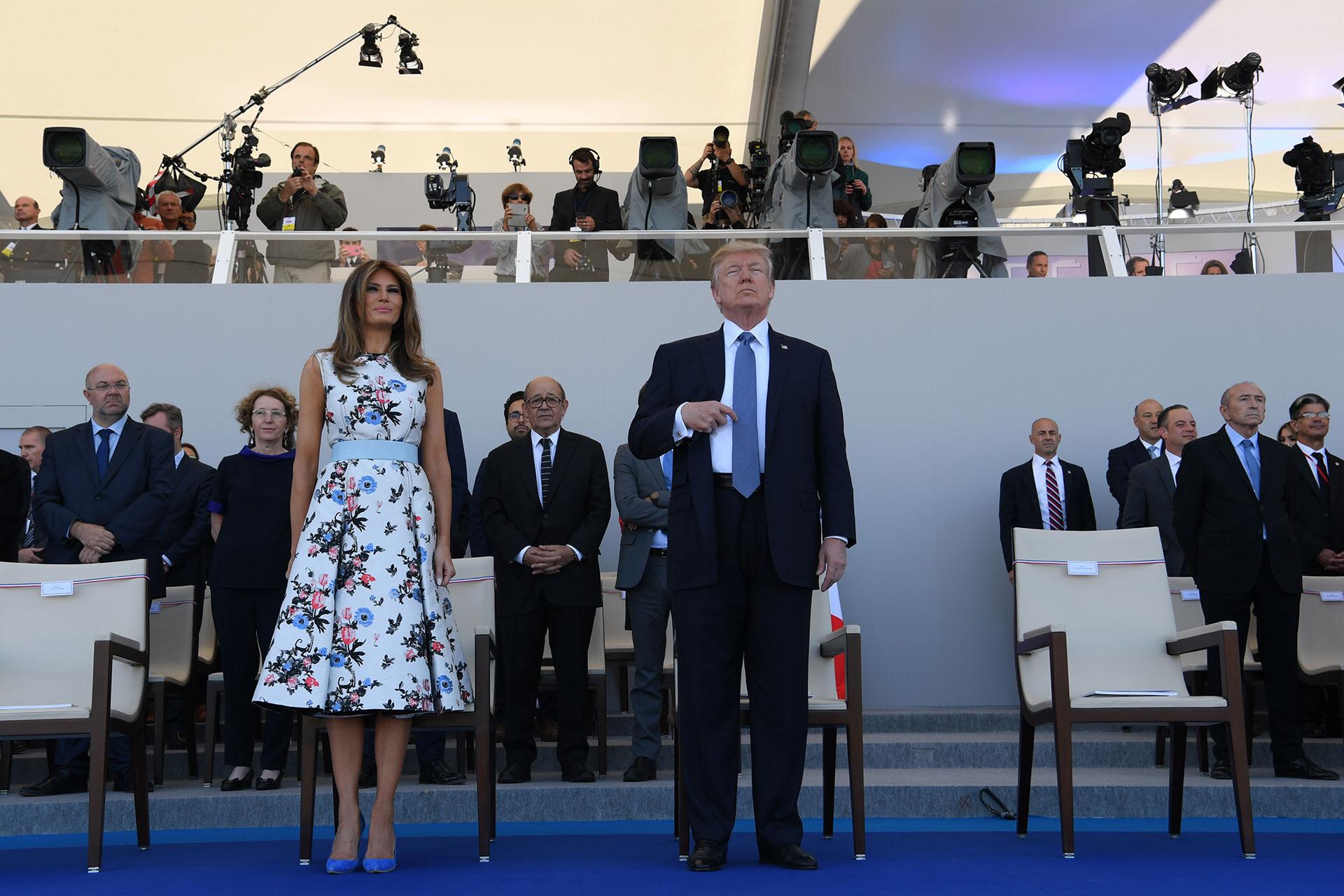 Donald y Melania Trump fueron invitados de honor de Emmanuel Macron (AFP)