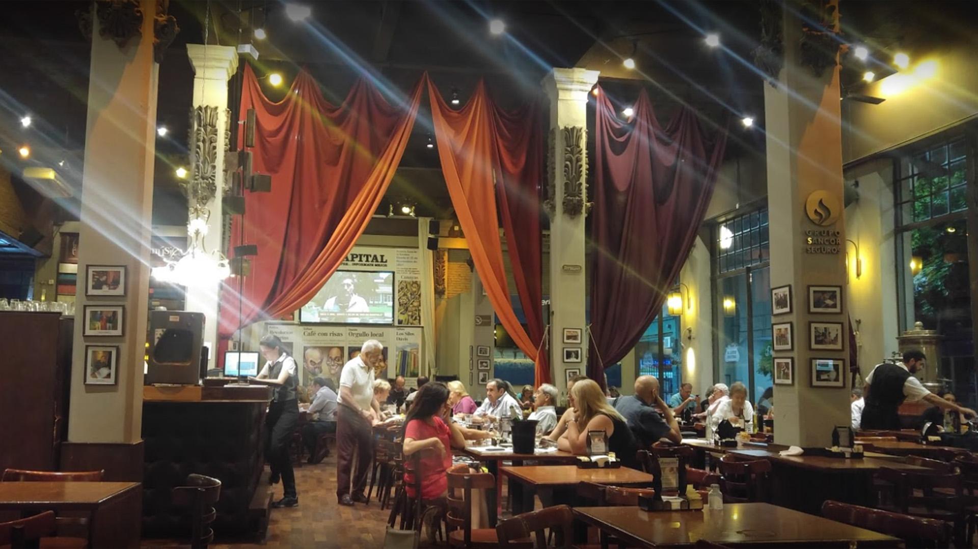 El bar El Cairo, en Rosario, escenario paradigmático de la vida y la obra de Fontanarrosa