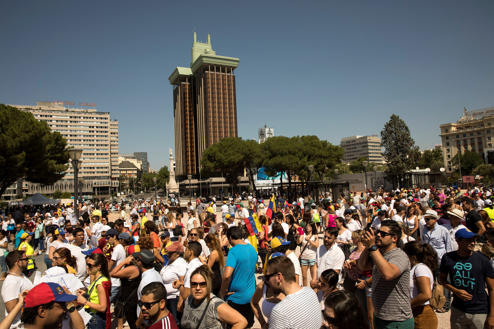 Capriles: El pueblo saldrá masivamente a votar y Maduro está asustado