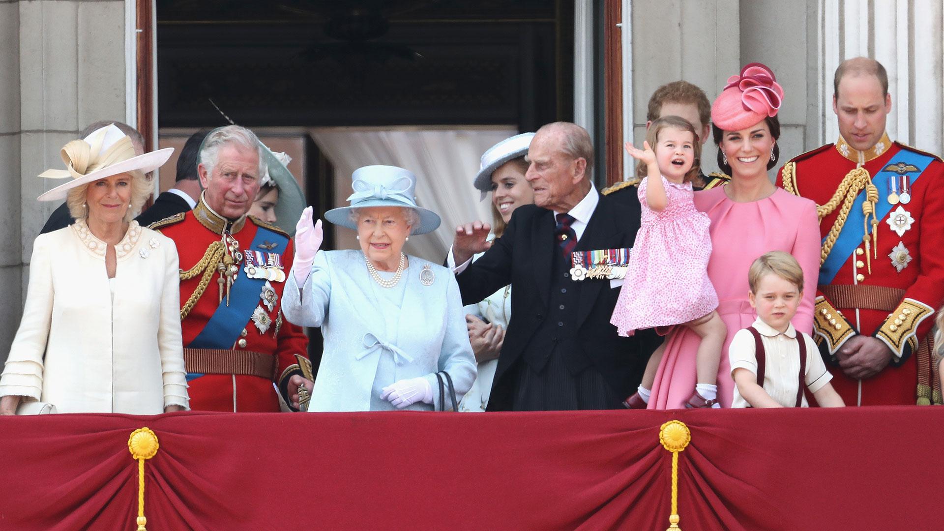 Para la celebración de cumpleaños de la reina también lucieron en composé (Getty)