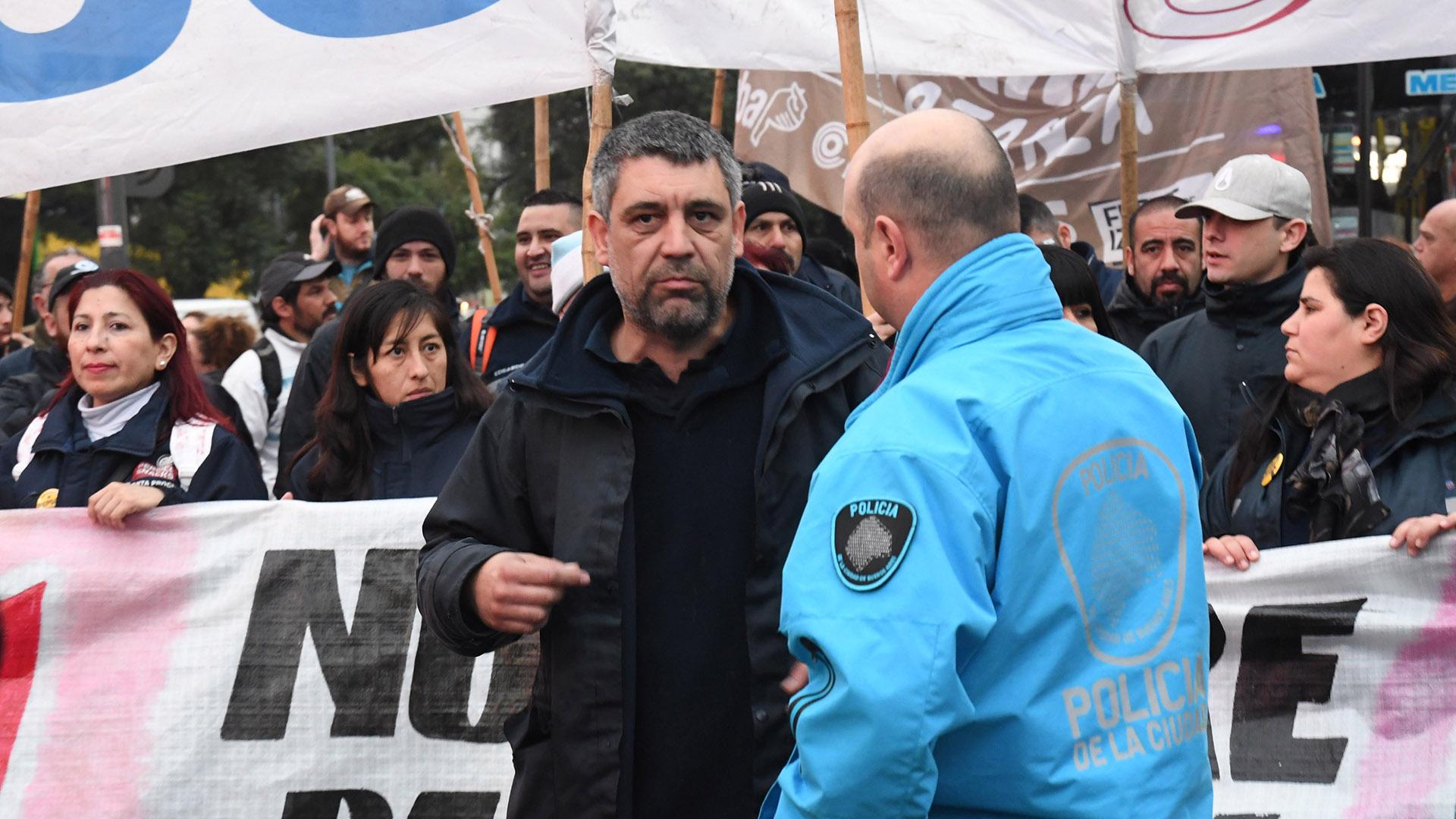 Agrupaciones de izquierda se sumaron a la protesta de los despedidos de PepsiCo (Télam)