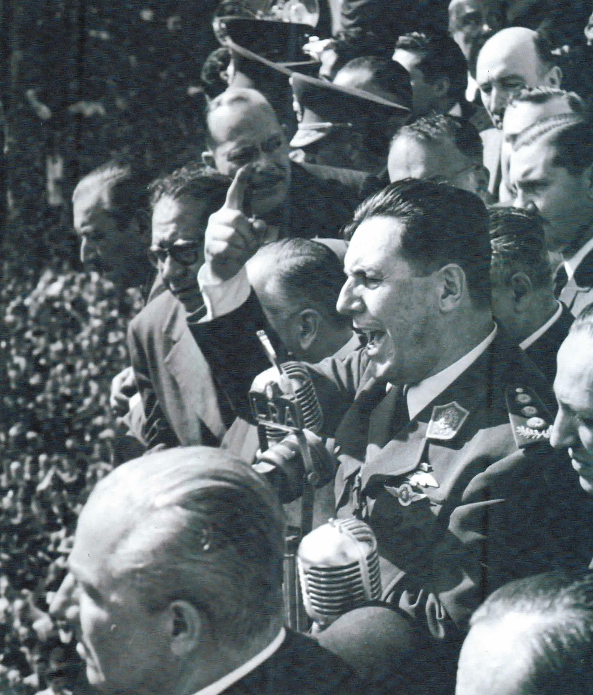 El fotógrafo Pinélides Aristóbulo Fusco integró el equipo de la Subsecretaría de Informaciones del gobierno peronista entre los años 1948 y 1955. Un libro recopila sus mejores fotos, algunas muy conocidas, otras inéditas