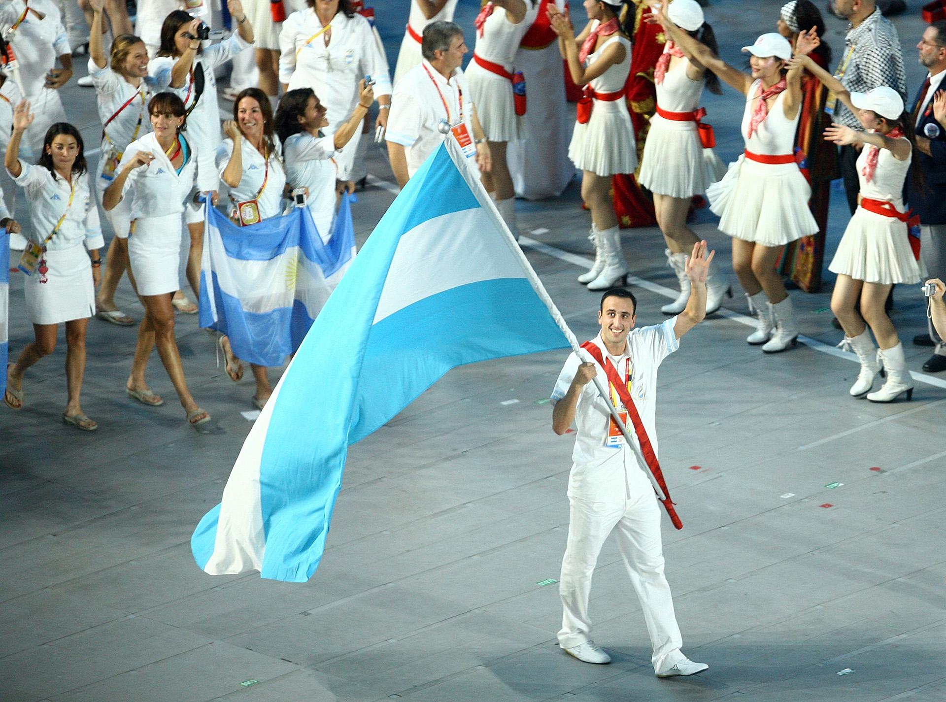 El basquetbolista fue abanderado de la delegación argentina en Beijing 2008
