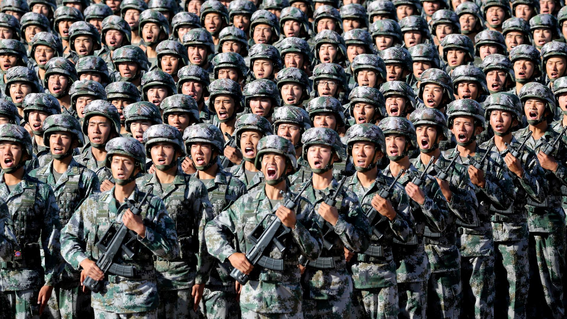 """China detalló los objetivos de su ejército, el más grande del mundo, y  advirtió a EEUU: """"La rivalidad estratégica se acentúa"""" - Infobae"""