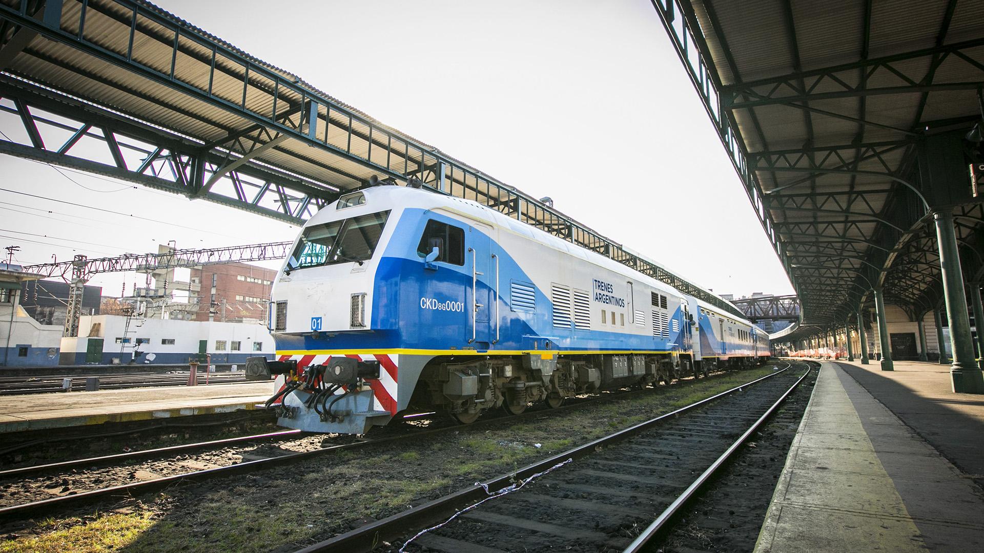 Durante el G20, se llegó al acuerdo de recuperar 1.265 kilómetros de vías del tren de cargas de la línea San Martín.