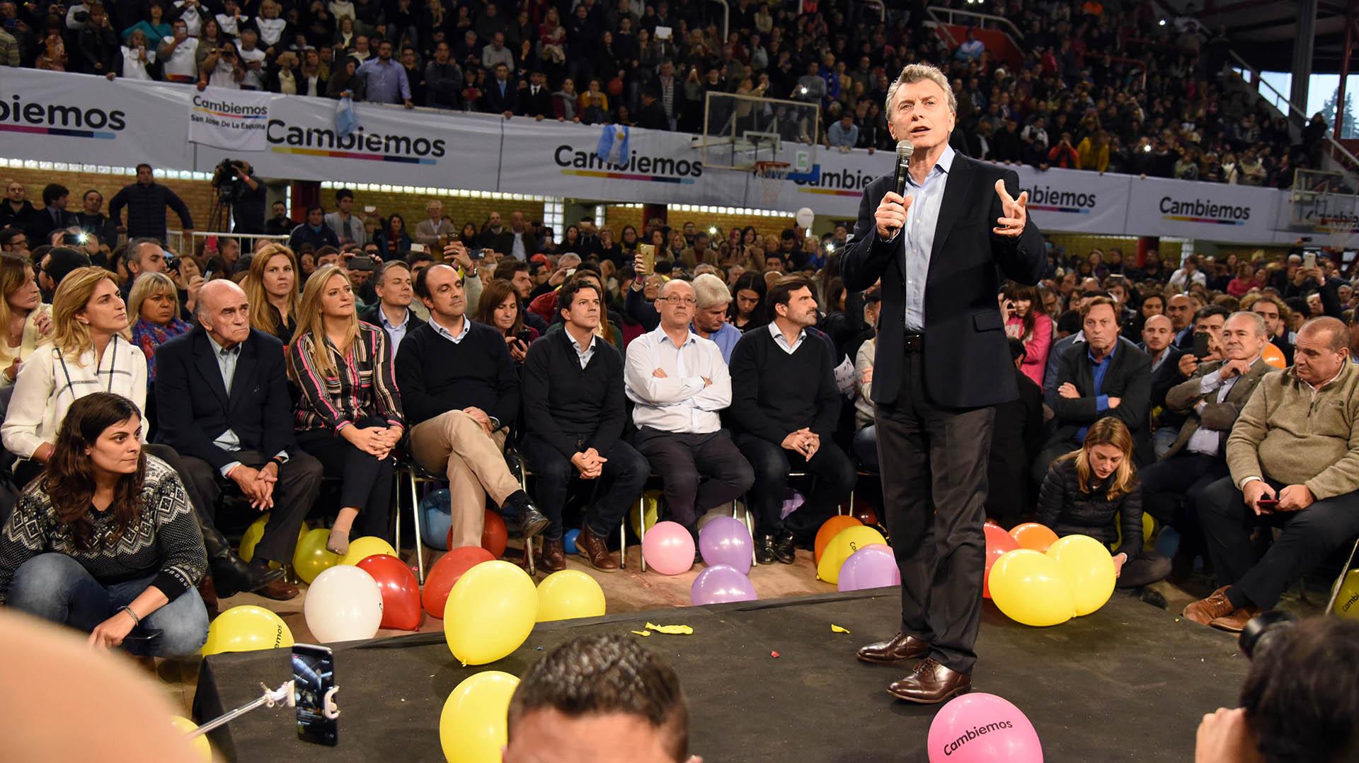 Mauricio Macri durante el acto de campaña en Santa Fe