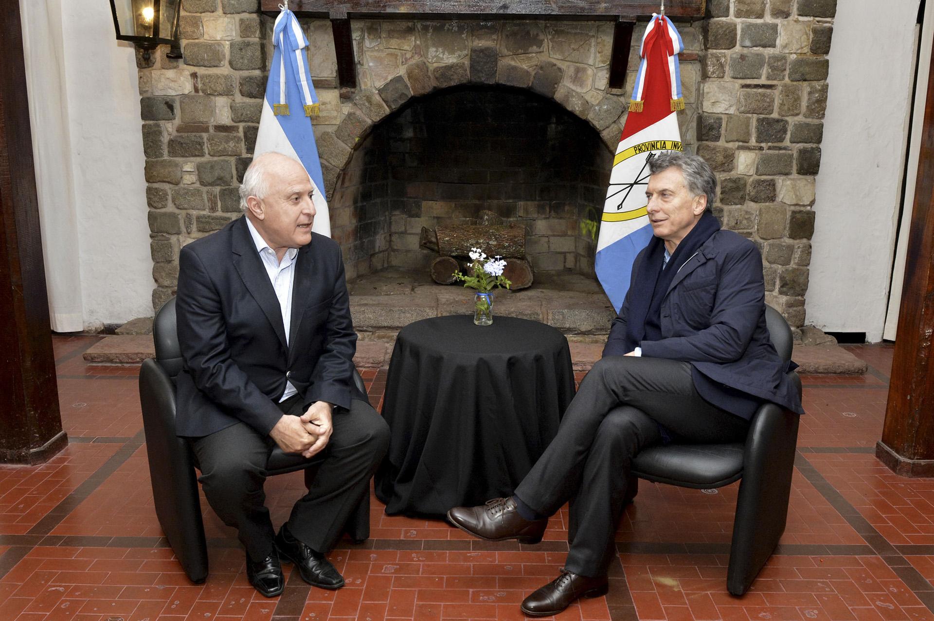 El presidente Mauricio Macri visitó la provincia de Santa Fe y se reunió hoy con el gobernador Miguel Lifschitz