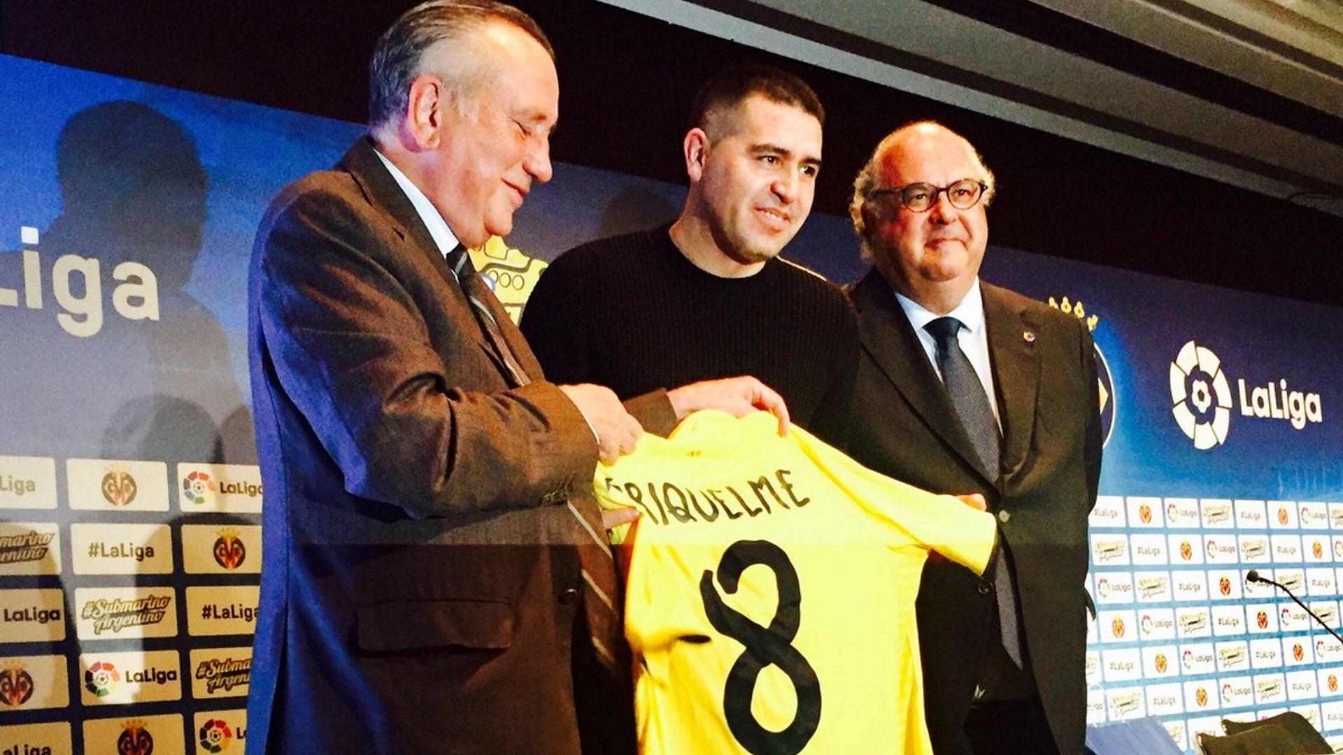 Juan Román Riquelme, homenajeado por el Villarreal (Club Villarreal)