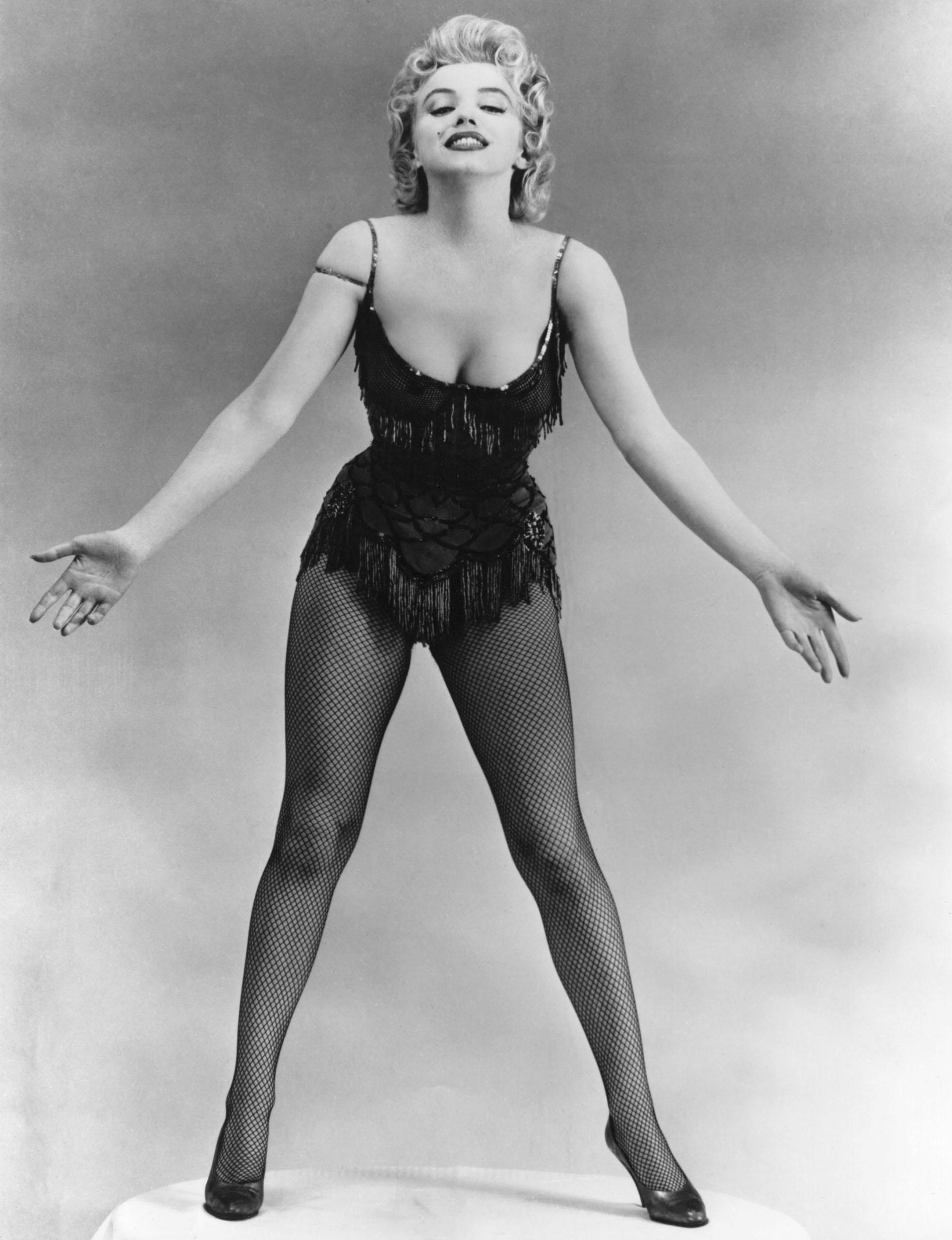 Su actitud de sex symbolle regaló la aceptación de un Hollywood reprimido en los años 50, posicionándola en la élite de las mujeres más bellas del mundo (Keystone Features/Getty Images)