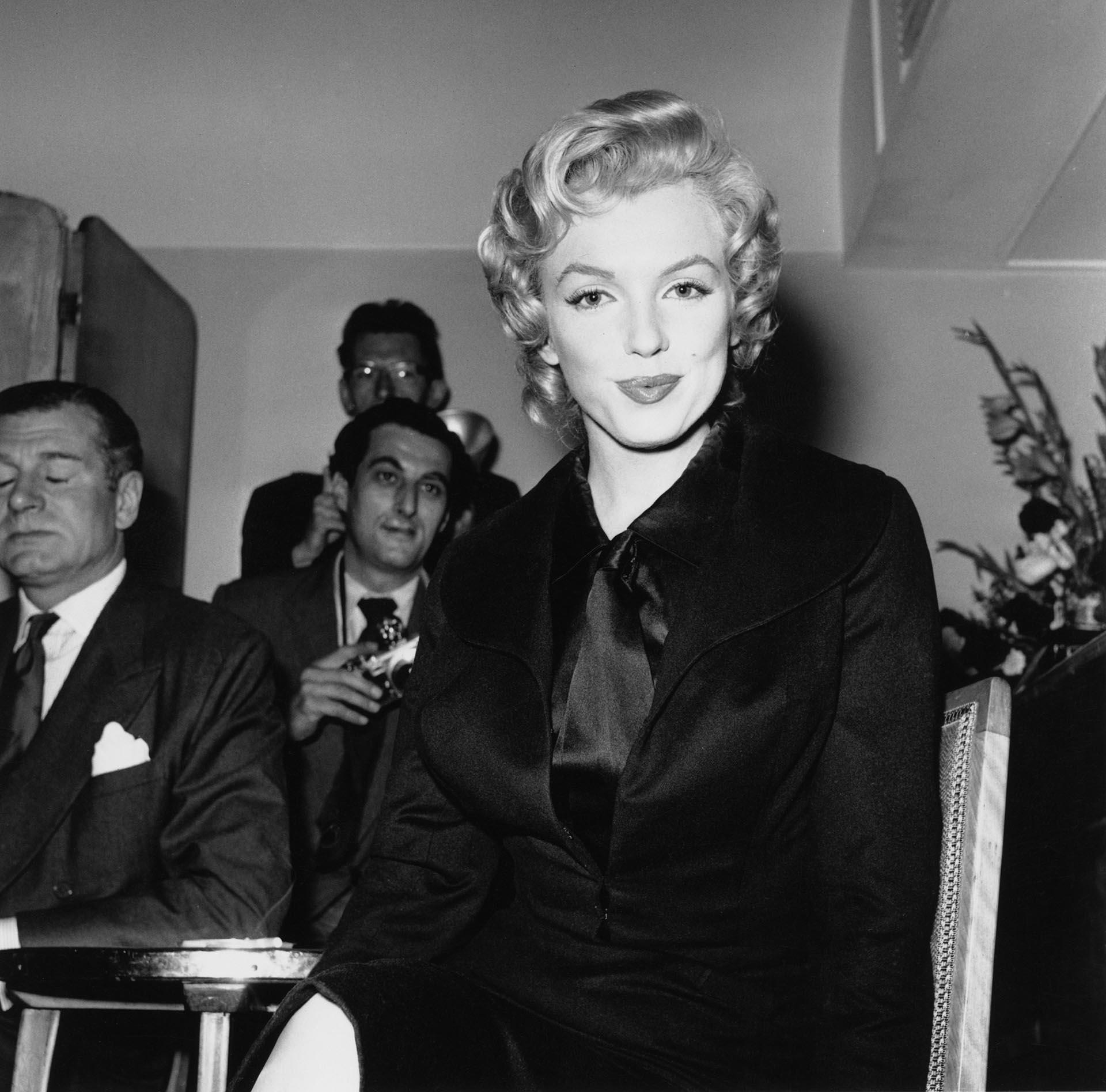 Su carrera duró apenas 16 años: fue actriz, productora, cantante, empresaria y un referente de la moda (Harry Kerr/BIPs/Hulton Archive/Getty Images)