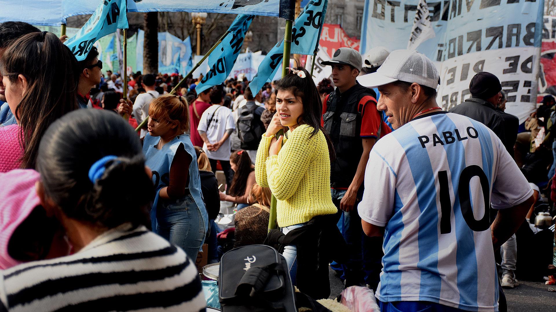 Se manifestaron en contra de la política económica y socialdel Gobierno