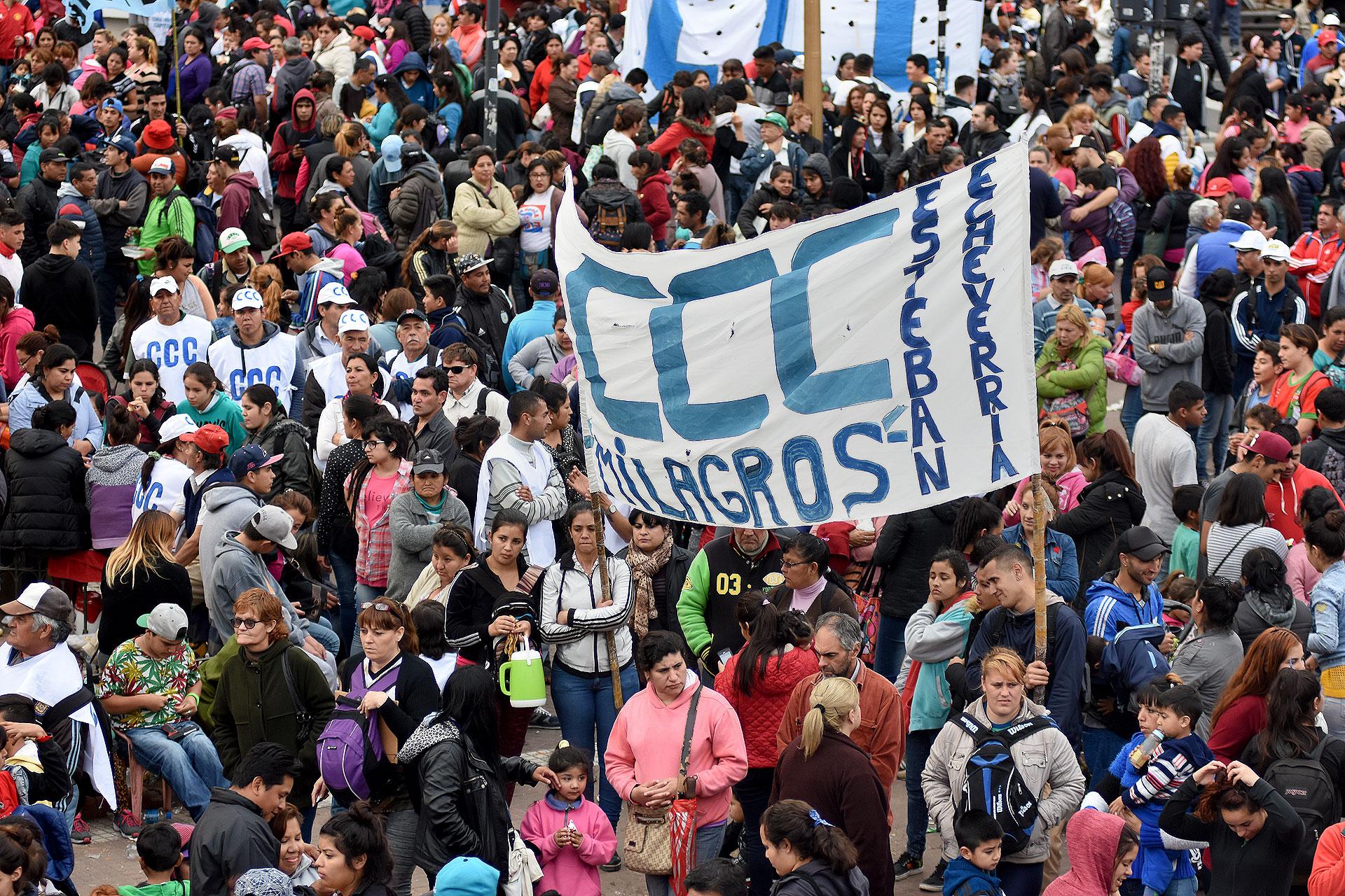 Fue convocada por Barrios de Pie, la Corriente Clasista y Combativa (CCC), la Confederación de Trabajadores de la Economía Popular (Ctep) y el Movimiento Evita