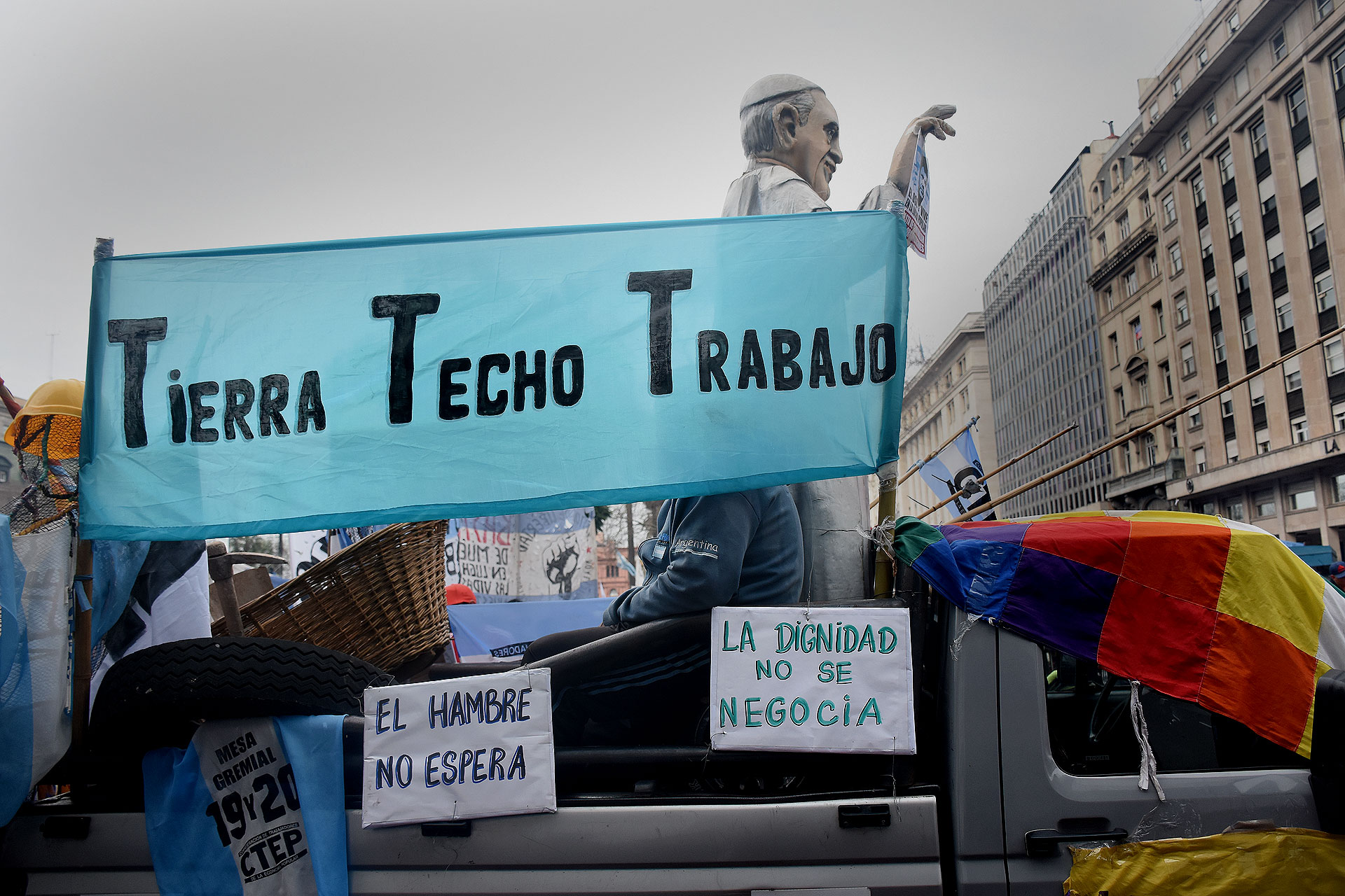 """Patricia Bullrich criticó la movilización y afirmó hoy que """"convertir a San Cayetano en una movilización es una barbaridad"""""""