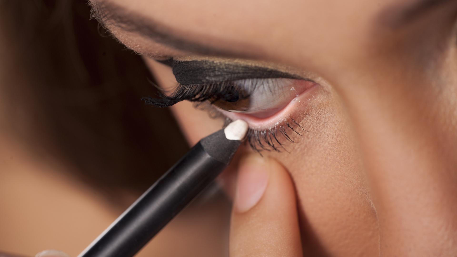 Siguiendo cientos tips se mantendrá un equilibrio entre la belleza y la salud ocular (iStock)