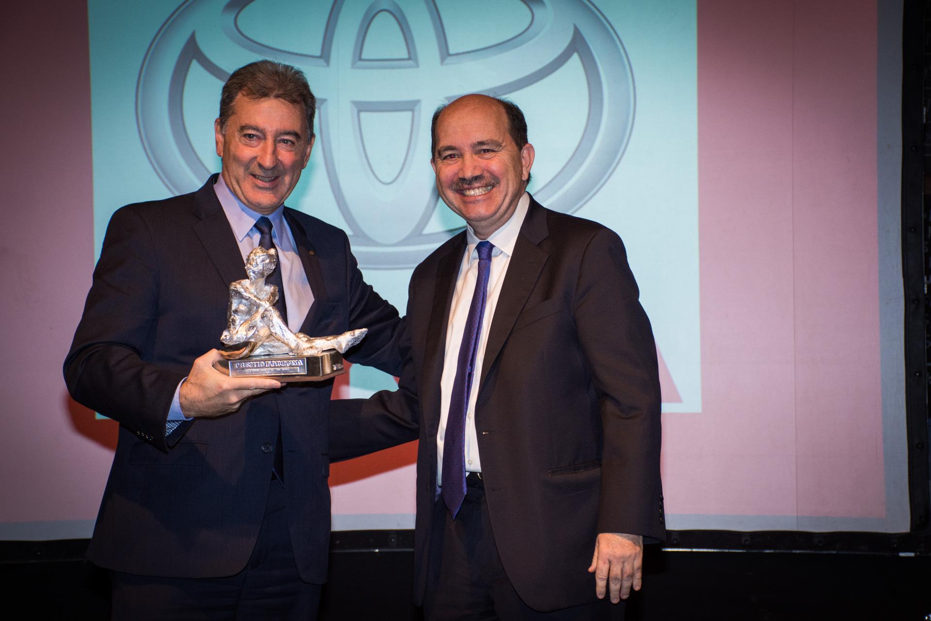 Toyota también ganó el Premio Fortuna de Plata a la Mayor Empresa y fue recibido por su presidente, Daniel Herrero
