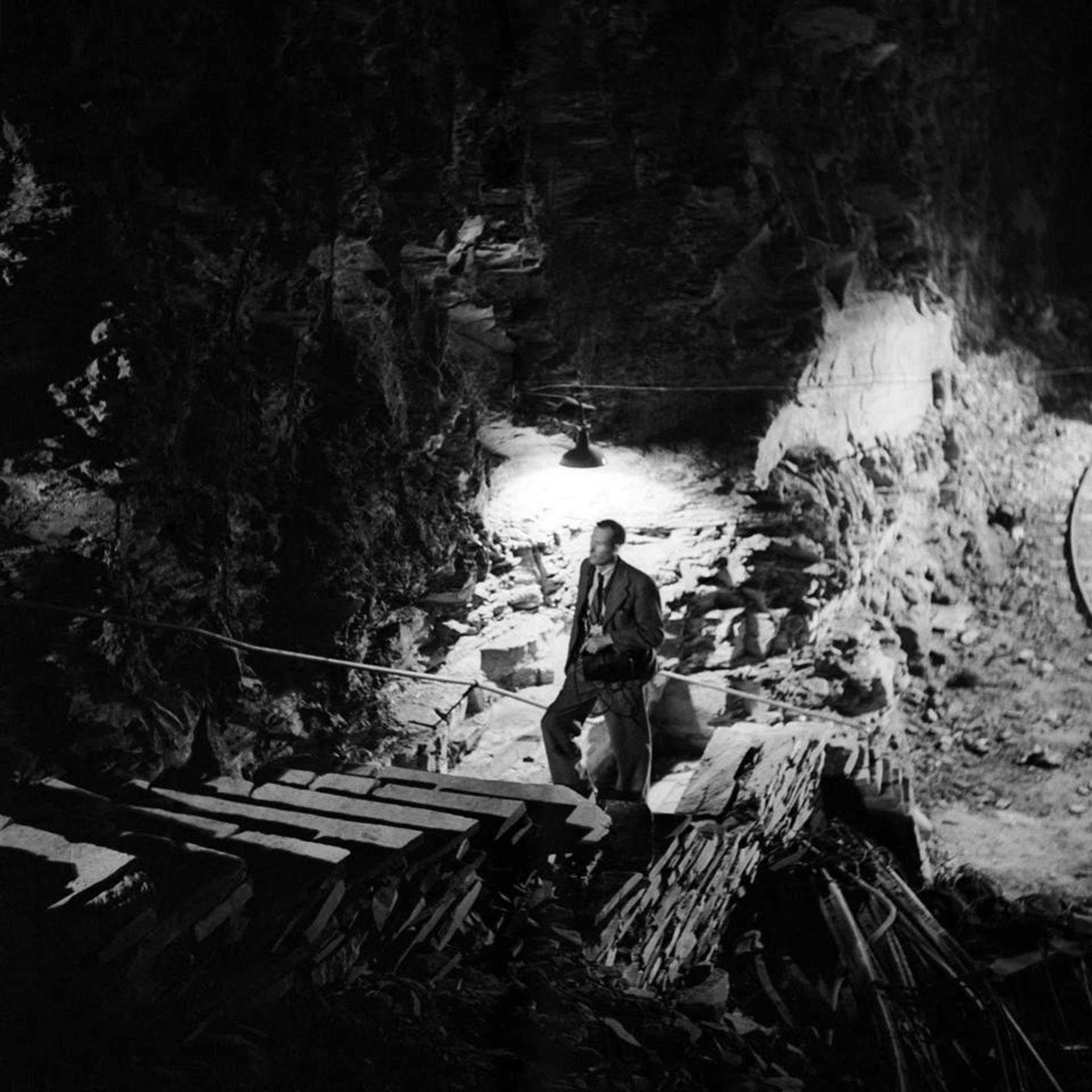 Las cuevas tenían aire acondicionado y luz eléctrica