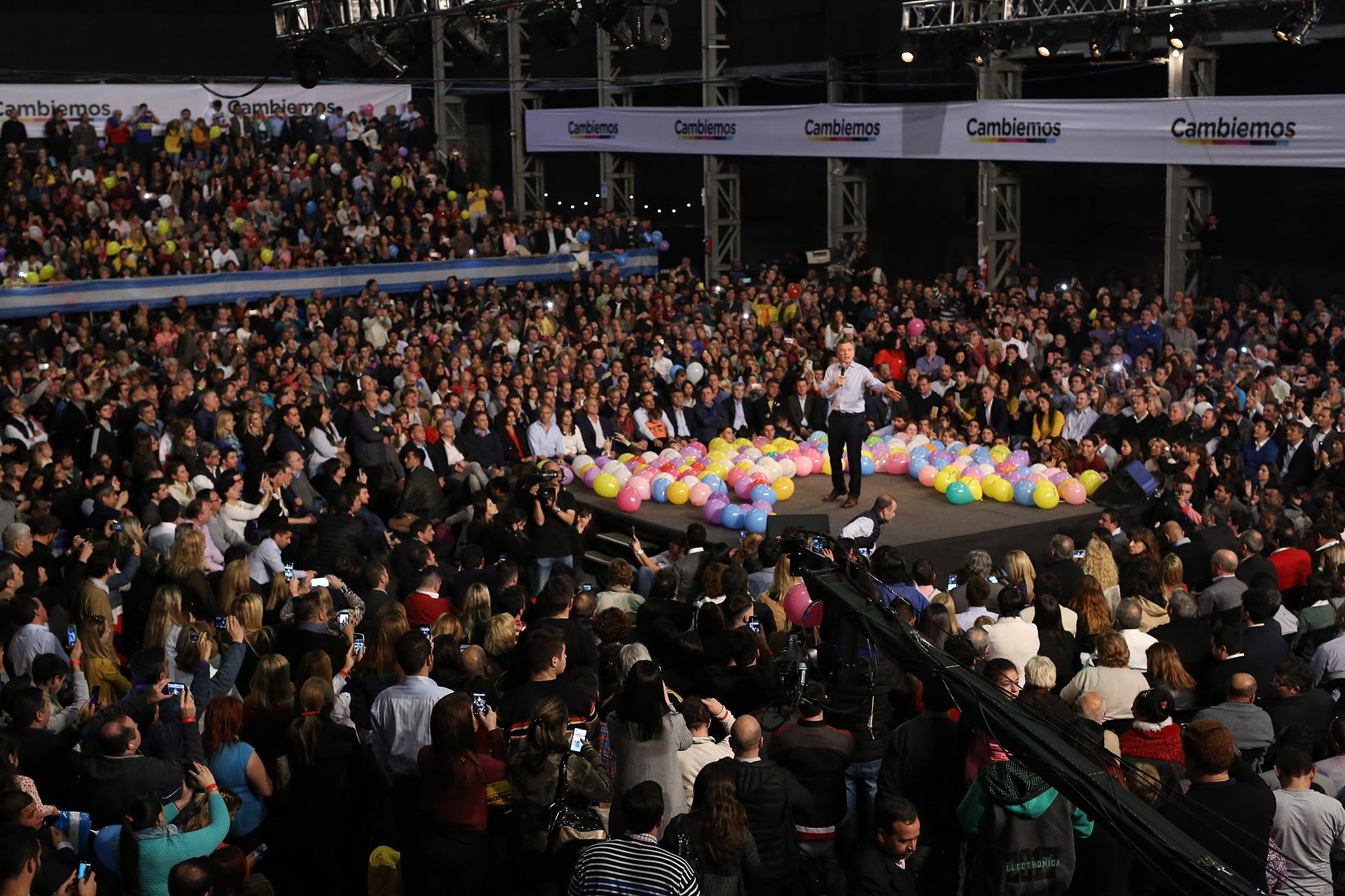 Argentina celebra sus cuartas primarias abiertas, obligatorias y simultáneas — VENEZUELA