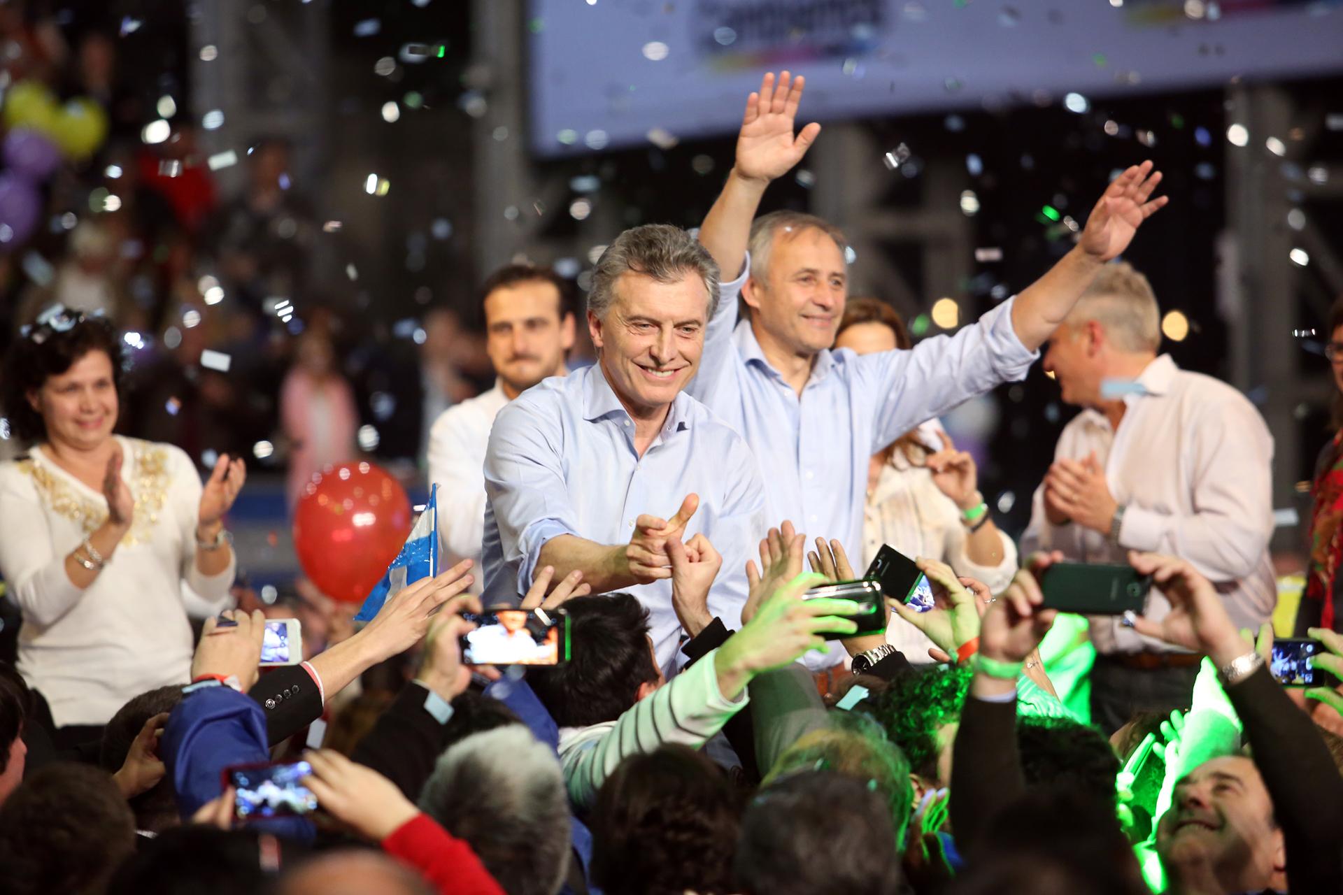 Mauricio Macri con Héctor Baldassi, en el cierre de campaña de Córdoba.