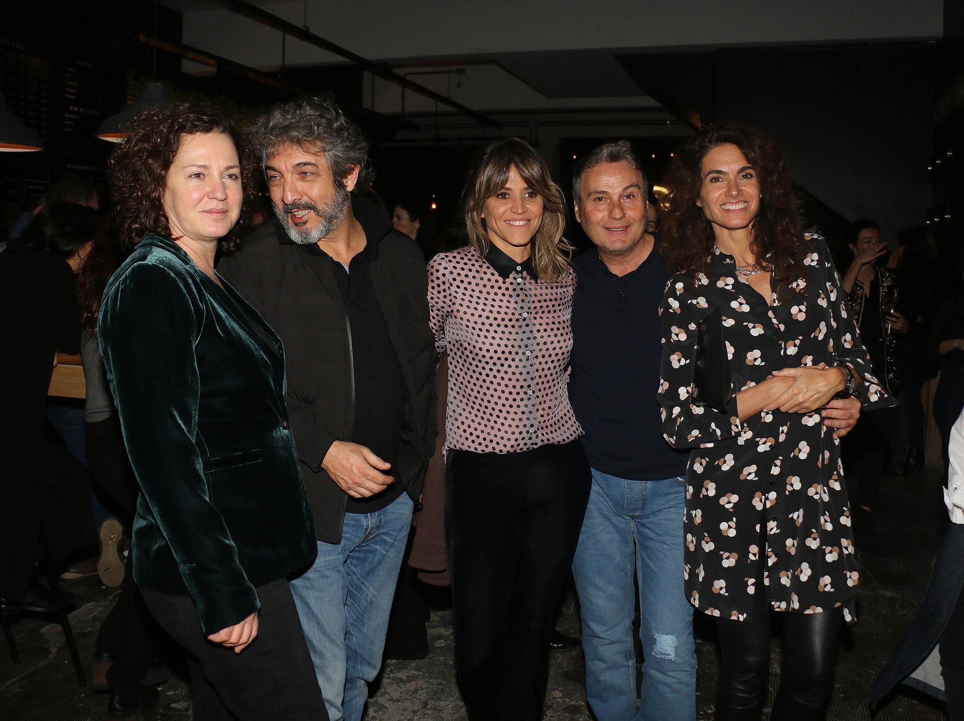Florencia Bas, Ricardo Darín, María Freytes, Willy Lemos y Florencia Raggi