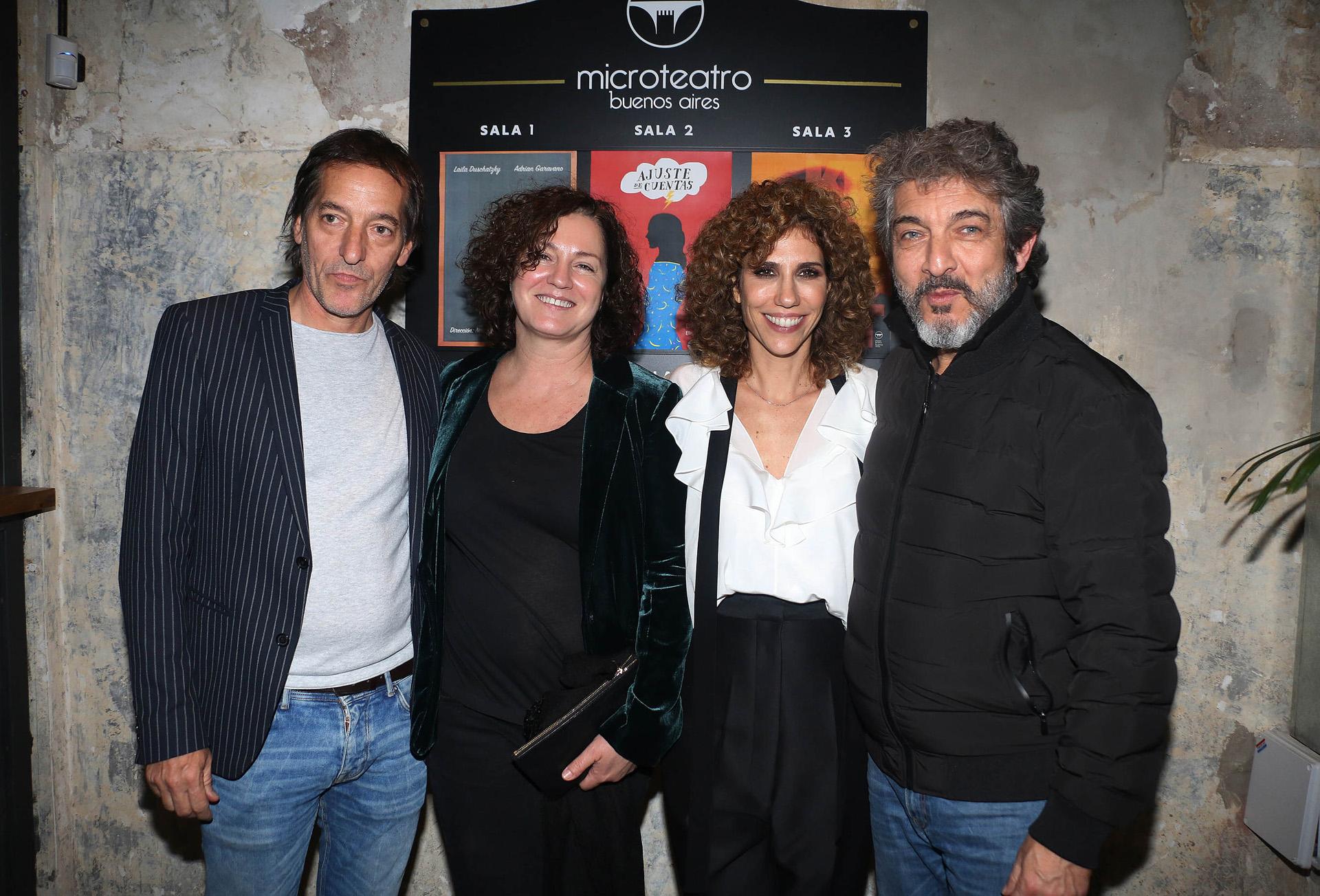 Julieta Novarro y Pablo Bossi junto a Ricardo Darín y Florencia Bas en la inauguración de Microteatro (Verónica Guerman)