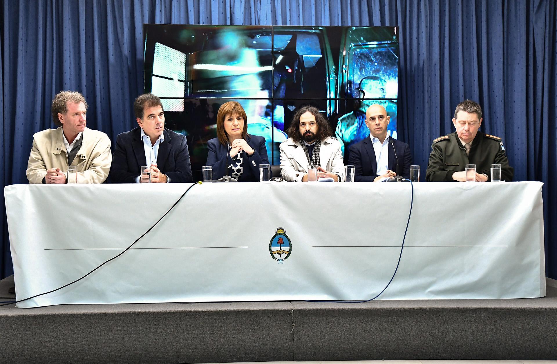 """Patricia Bullrich aseguró que los operativos contra las """"mafias"""" en La Salada fueron """"históricos"""""""