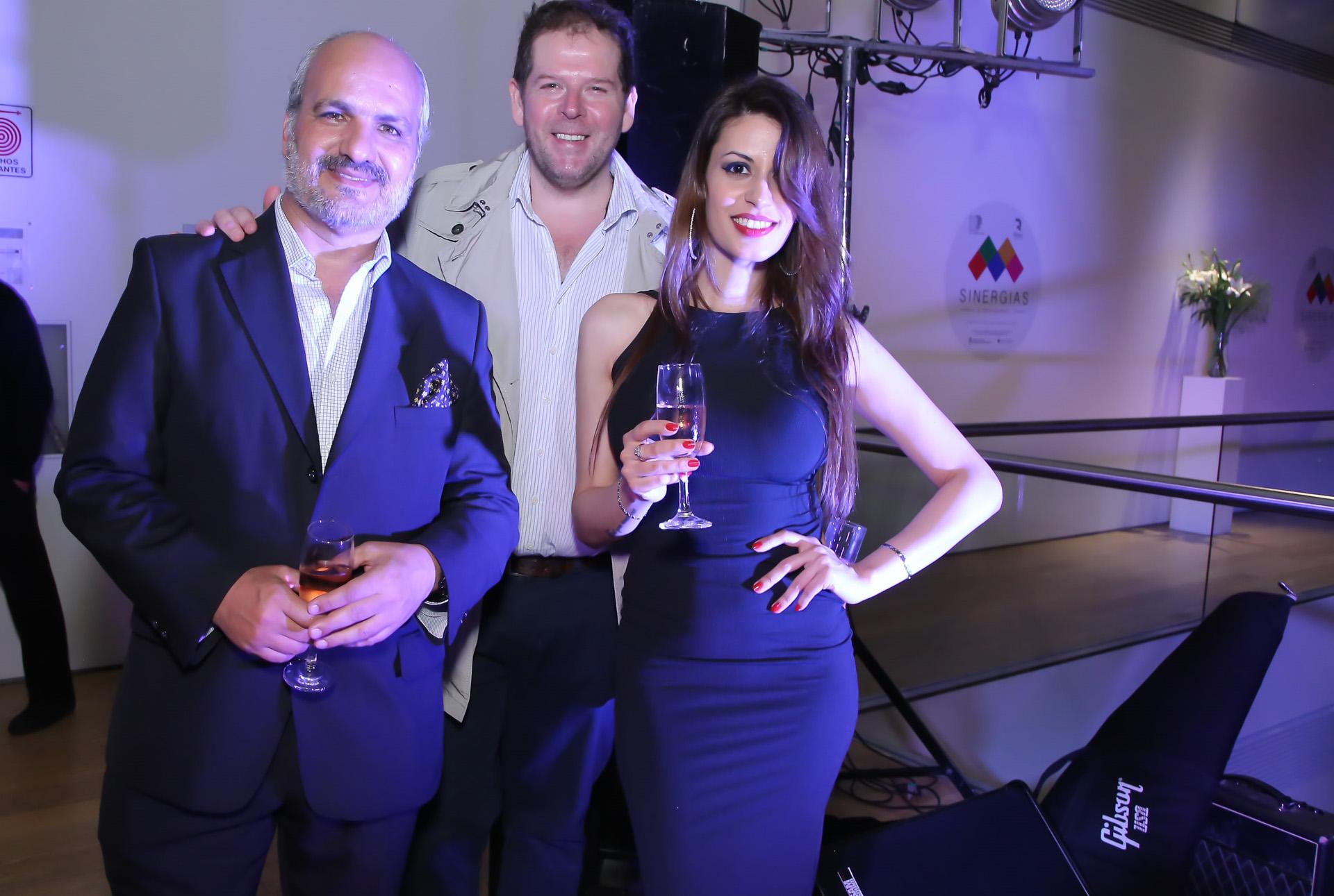 Marcelo Revilla Cornejo, Fernando Schapire y la cantante Ela Martínez