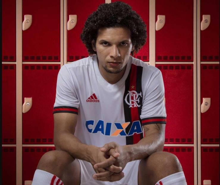 Camiseta de Flamengo (alternativa)