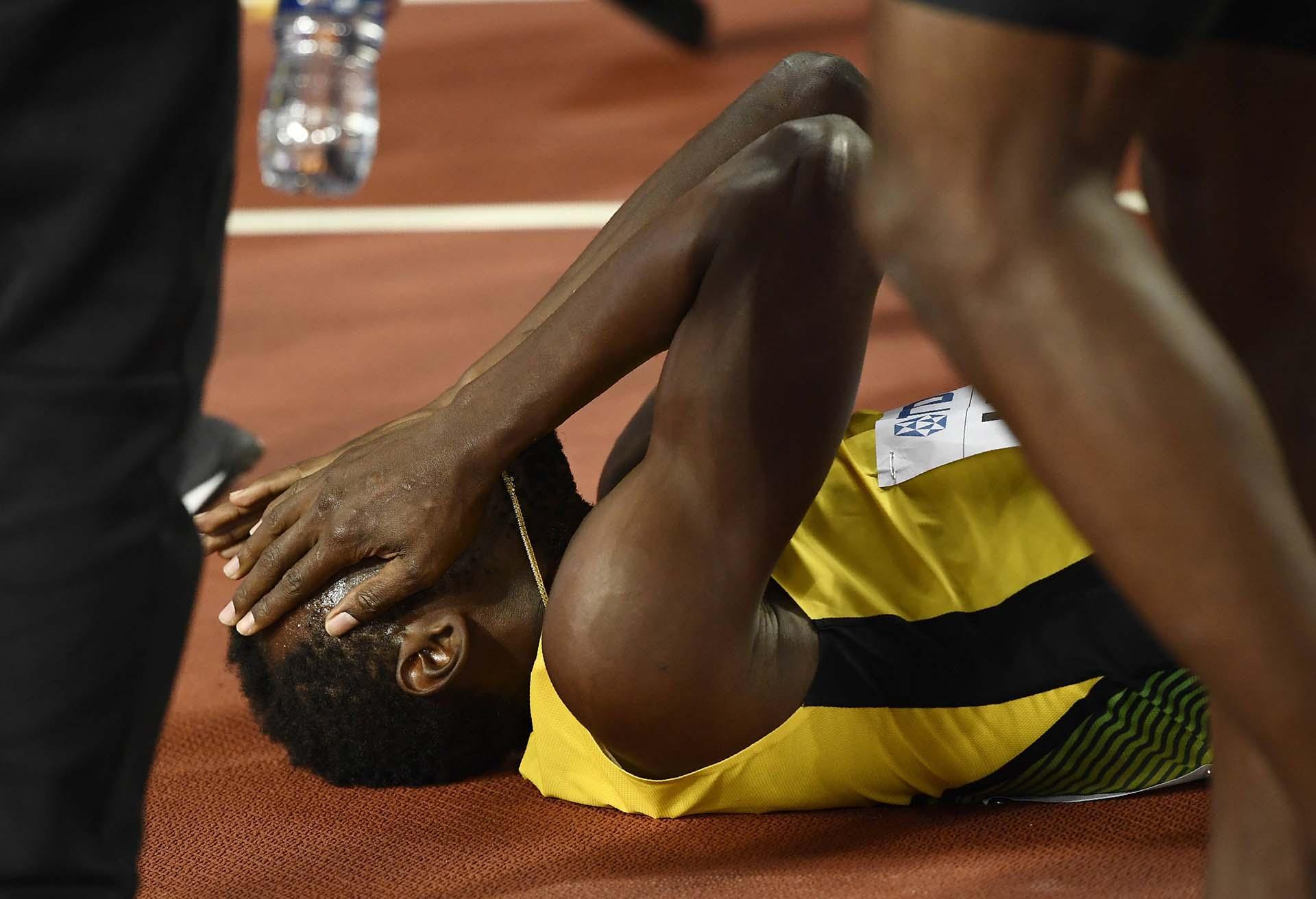 Bolt no puede creer lo sucedido: un calambre lo sacó de la competencia